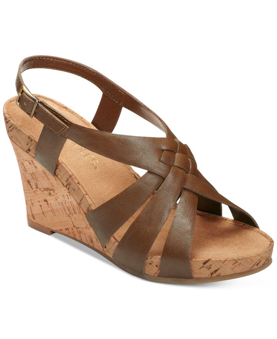 aerosoles guava plush wedge sandals in brown lyst