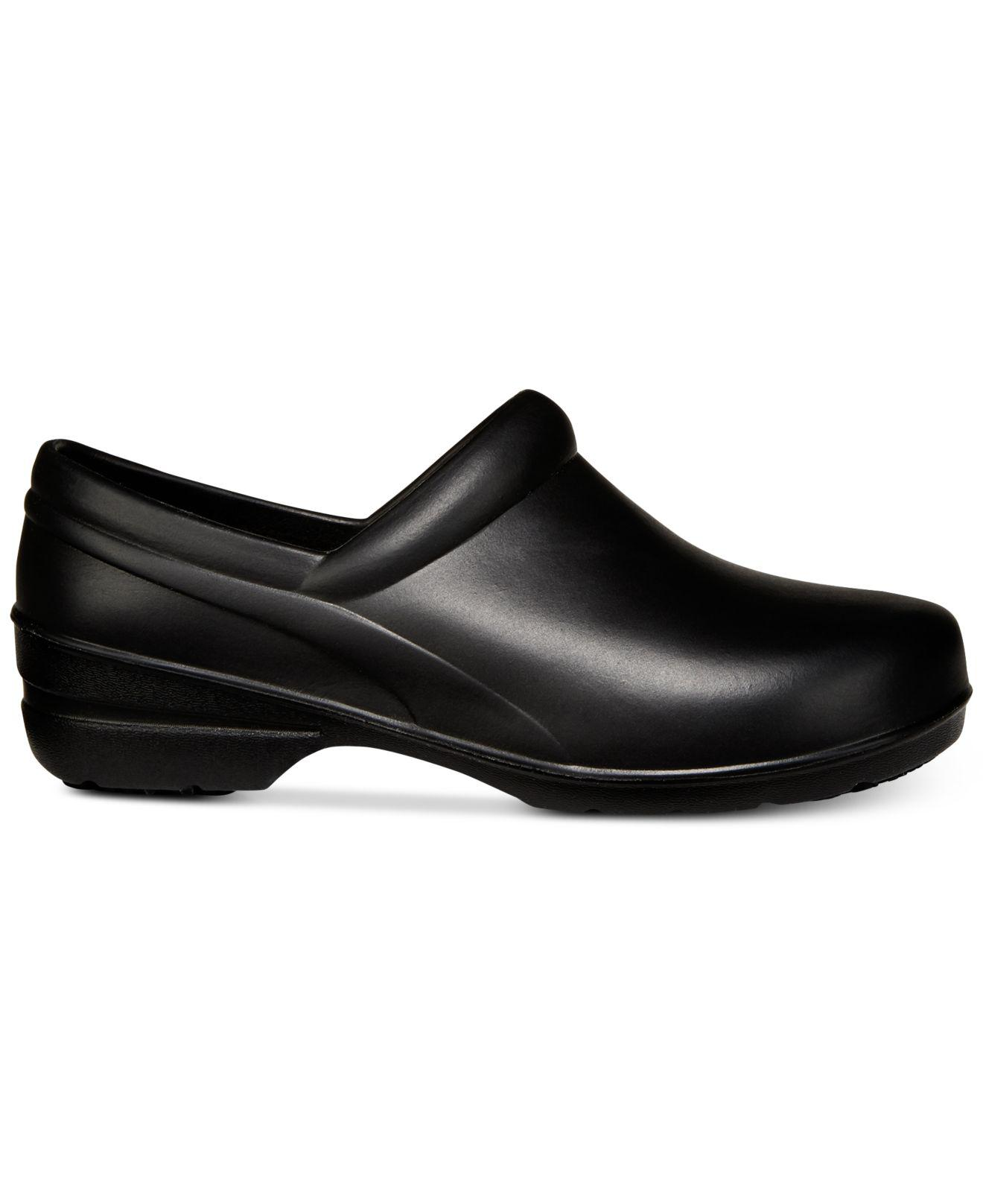 Easy Street Easy Works by Kris Slip-Resistant Clogs Women's Shoes MlGCaKgcM