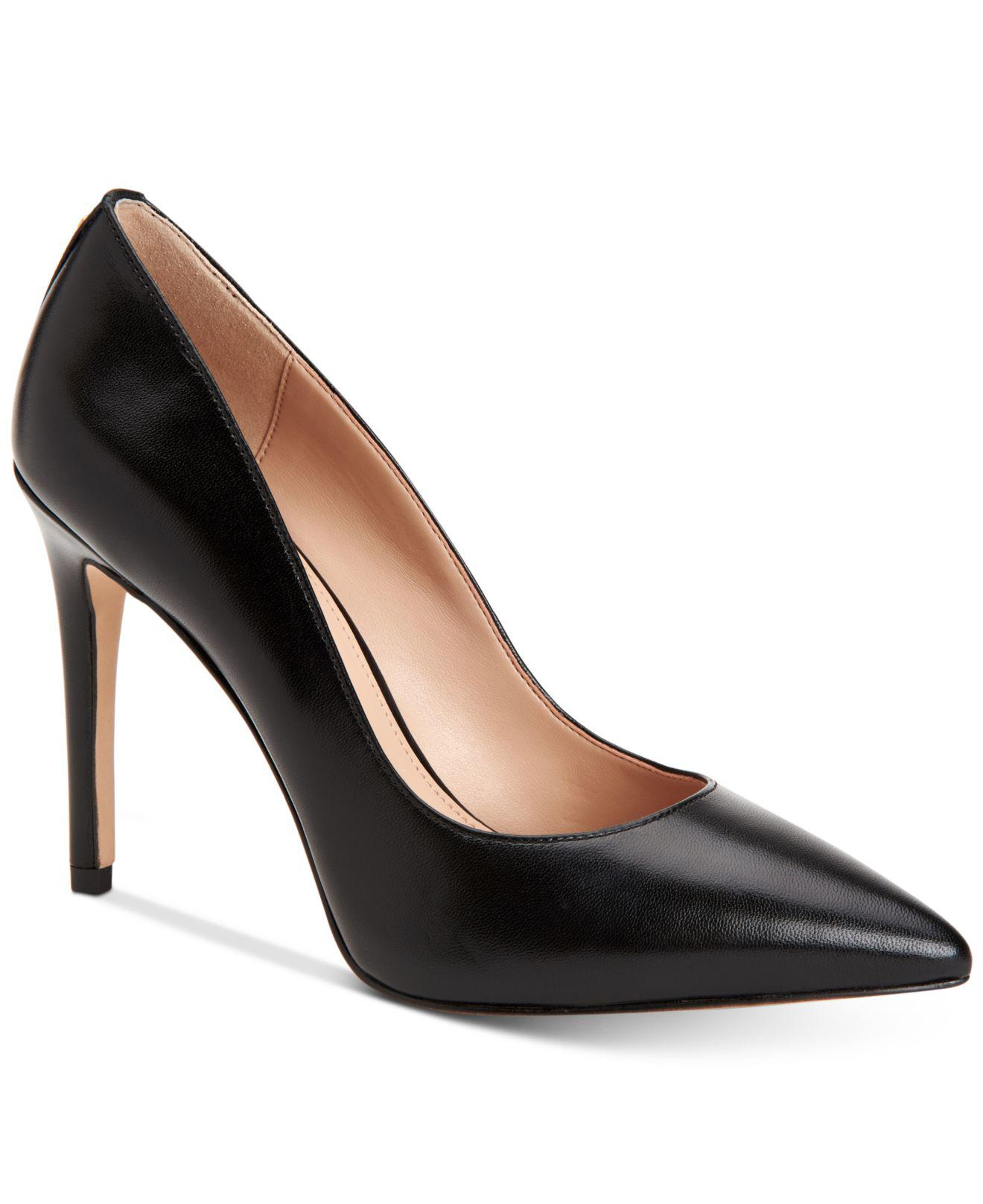 BCBGeneration Harleigh Chain Pointy Toe Pumps Women's Shoes vLQ8qO