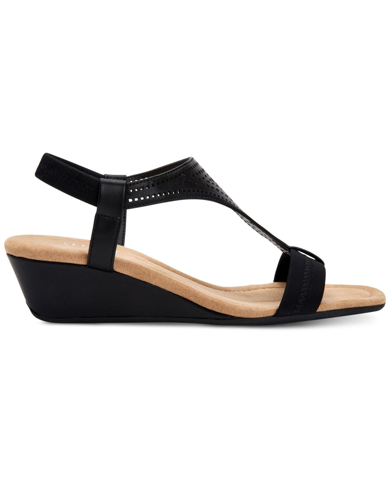 d83c87dc71da Lyst - Alfani Step  n Flex Vacanzaa Wedge Sandals