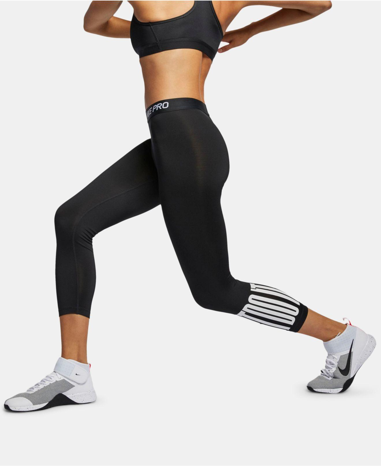 81a082777c5bd Nike Pro Just Do It Cropped Leggings in Black - Lyst