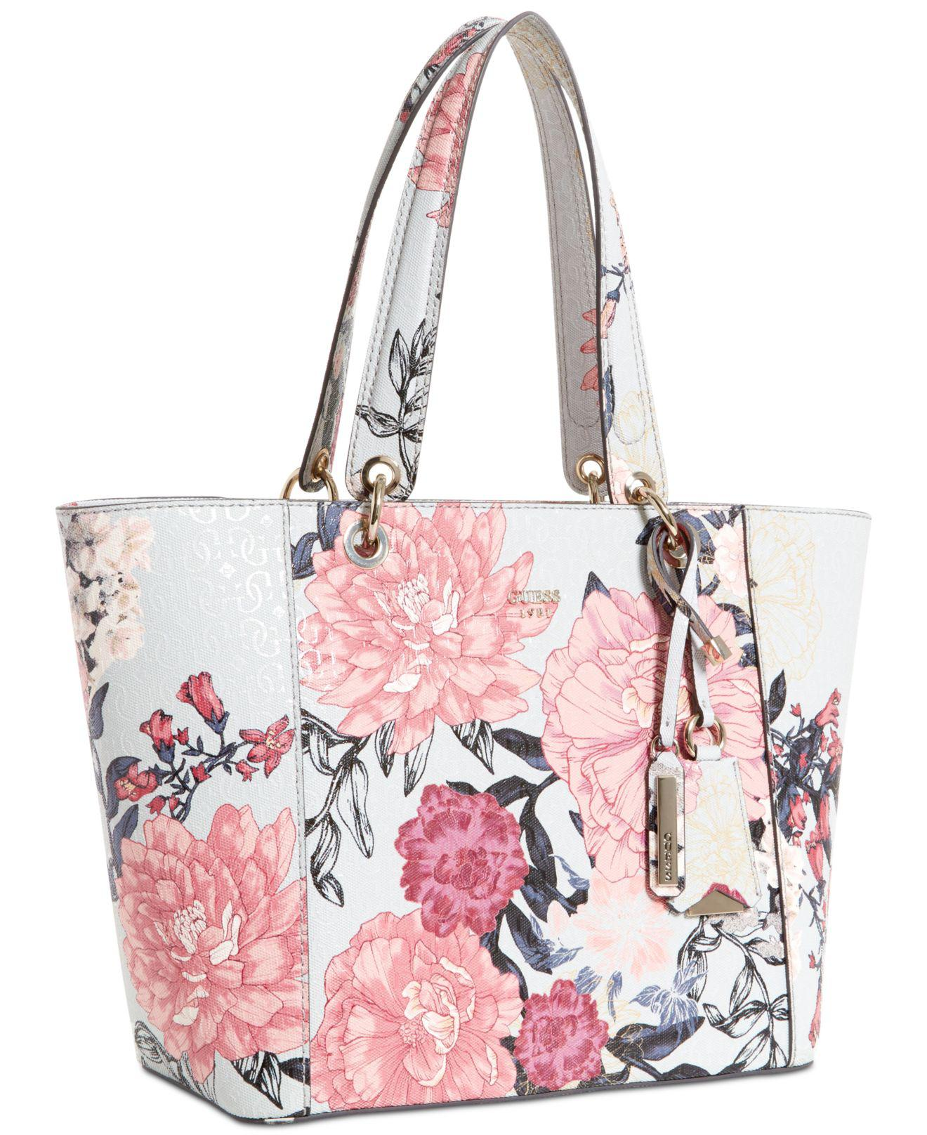 Lyst - Guess Kamryn Extra-large Tote 8799334b0a