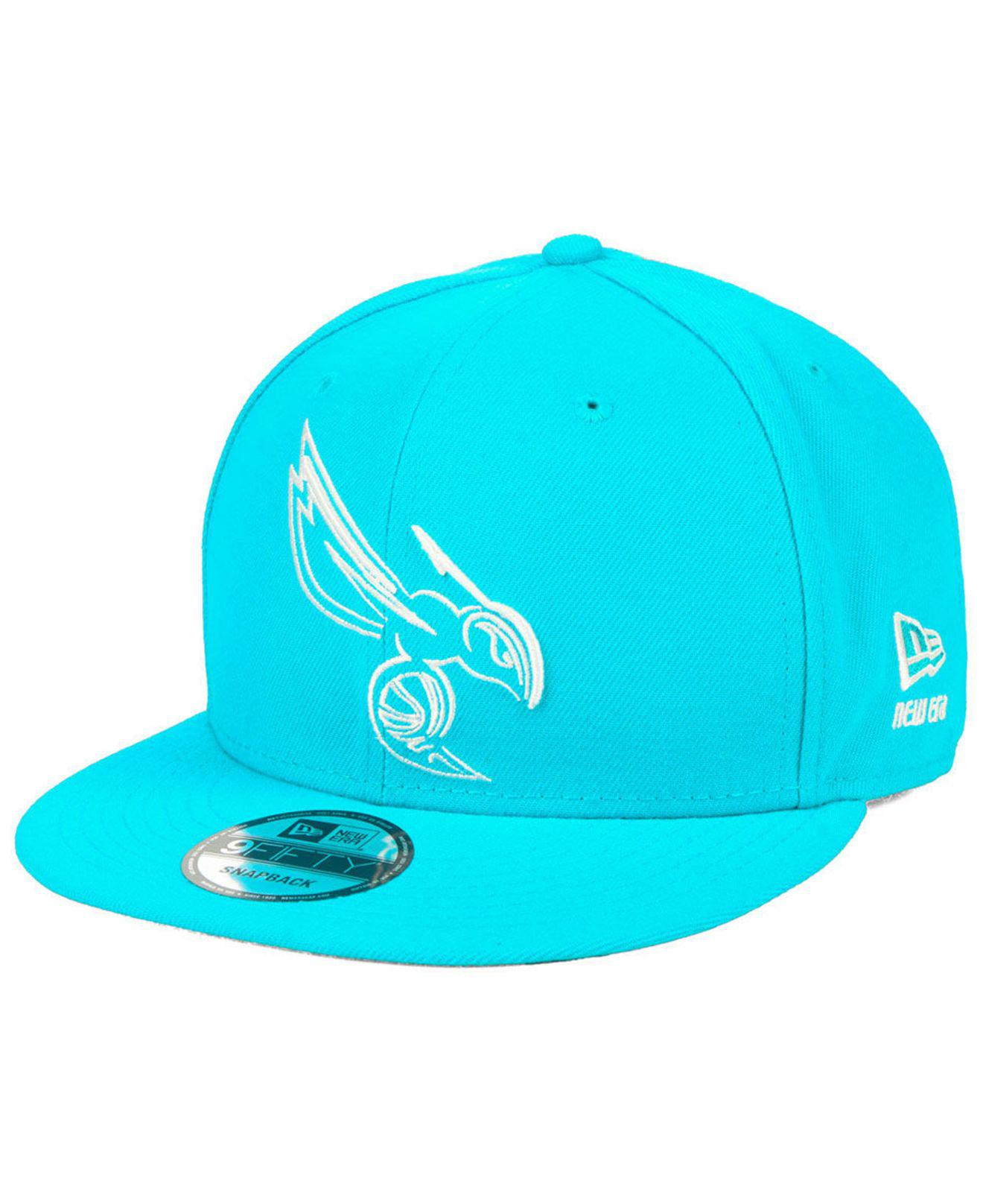 huge selection of 61a9c 44bb7 ... hot ktz. mens blue charlotte hornets logo trace 9fifty snapback cap  817dc b6a04
