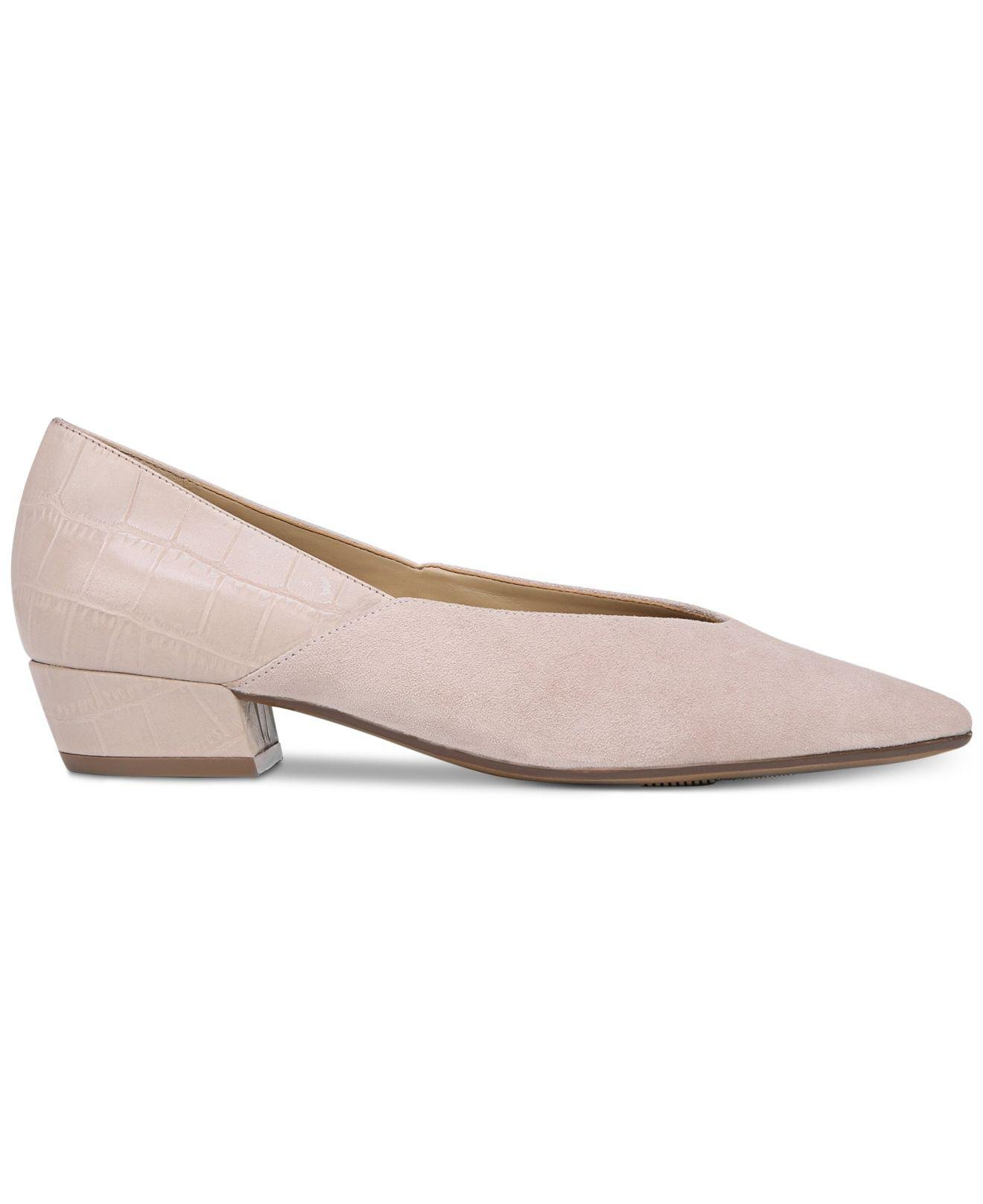 1fddaad2574e Lyst - Naturalizer Betty Pumps in Natural