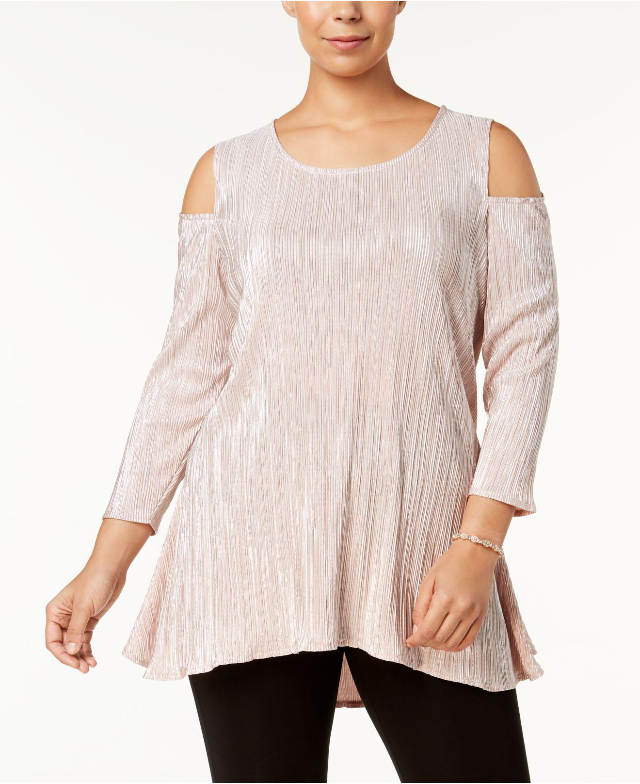 99bcb916d1912 Gallery. Previously sold at  Macy s · Women s Cold Shoulder T Shirts ...