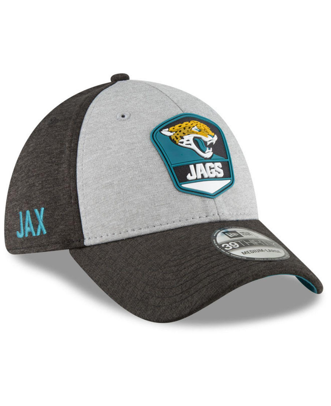 separation shoes 89a81 2caf4 KTZ. Men s Black Jacksonville Jaguars On Field Sideline Road 39thirty  Stretch Fitted Cap