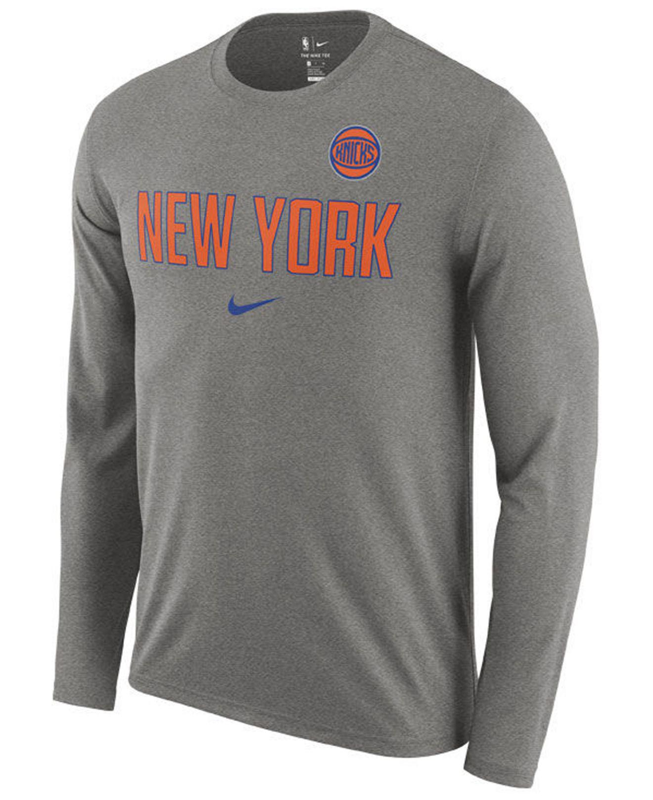 Nike - Gray New York Knicks Essential Facility Long Sleeve T-shirt for Men  -. View fullscreen c10f587cb