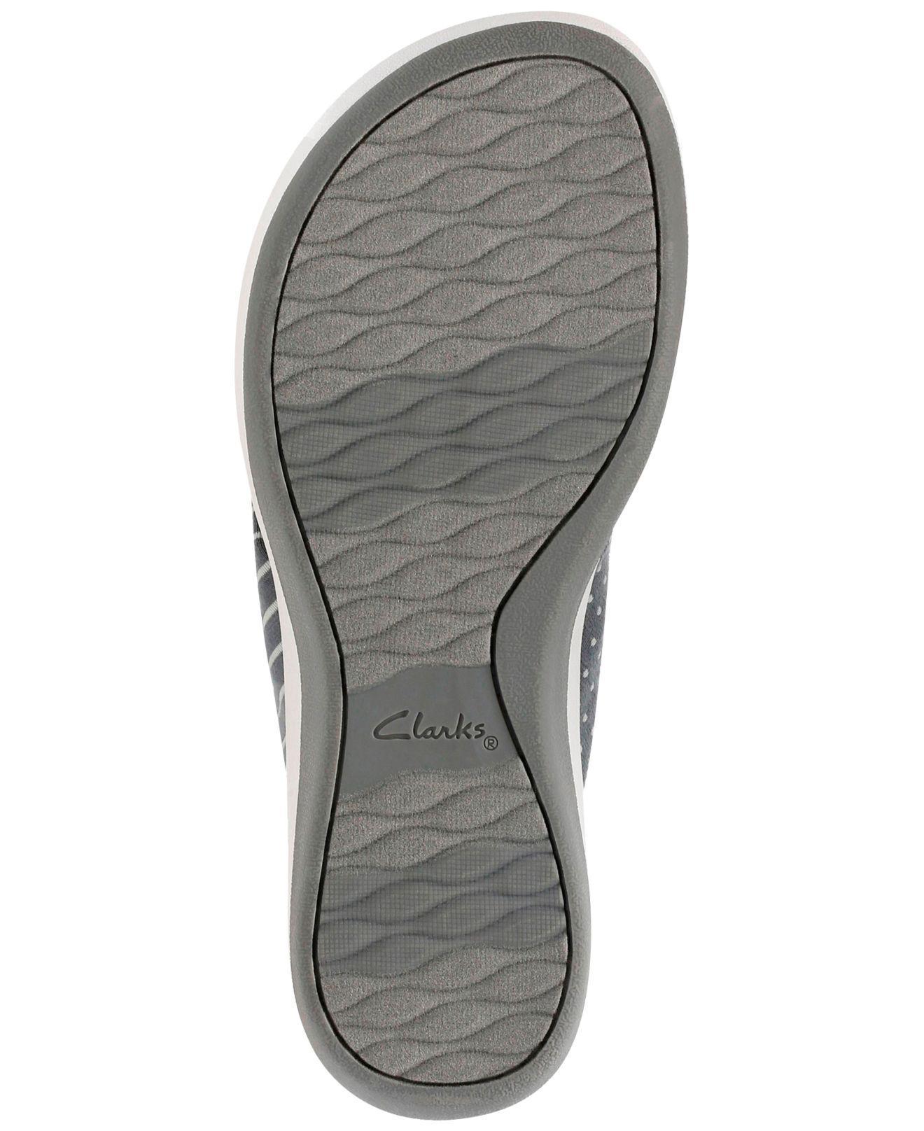 fa6d297de962 Lyst - Clarks Women s Arla Gilson Flip-flops in Gray