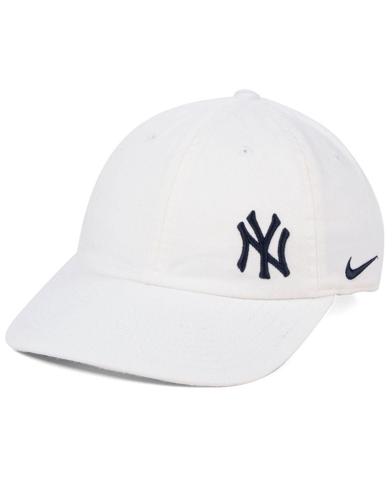 28fa796befb7f Lyst - Nike New York Yankees Offset Adjustable Cap in White