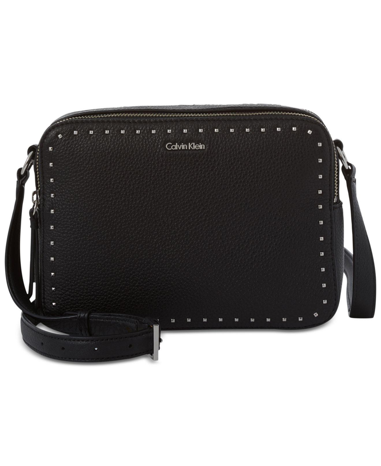 cf7fe9831d Lyst - CALVIN KLEIN 205W39NYC Avery Crossbody Camera Bag in Black