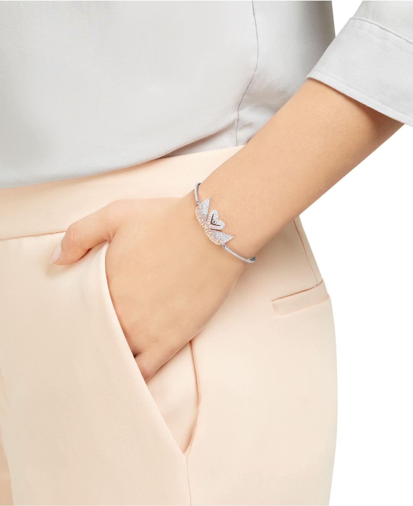 Iconic Swan Bangle Bracelet