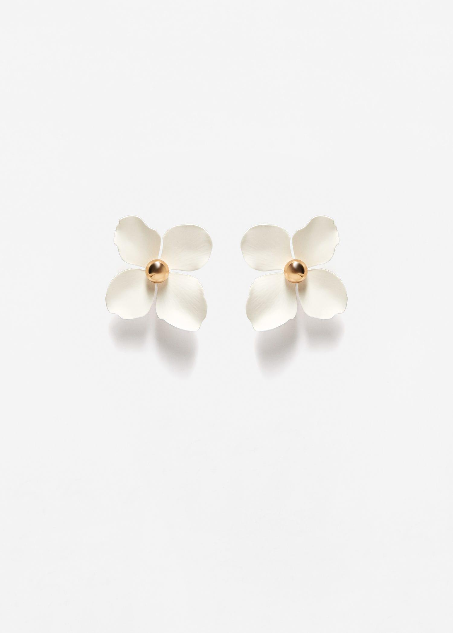 Lyst mango flower beaded earrings in white gallery mightylinksfo