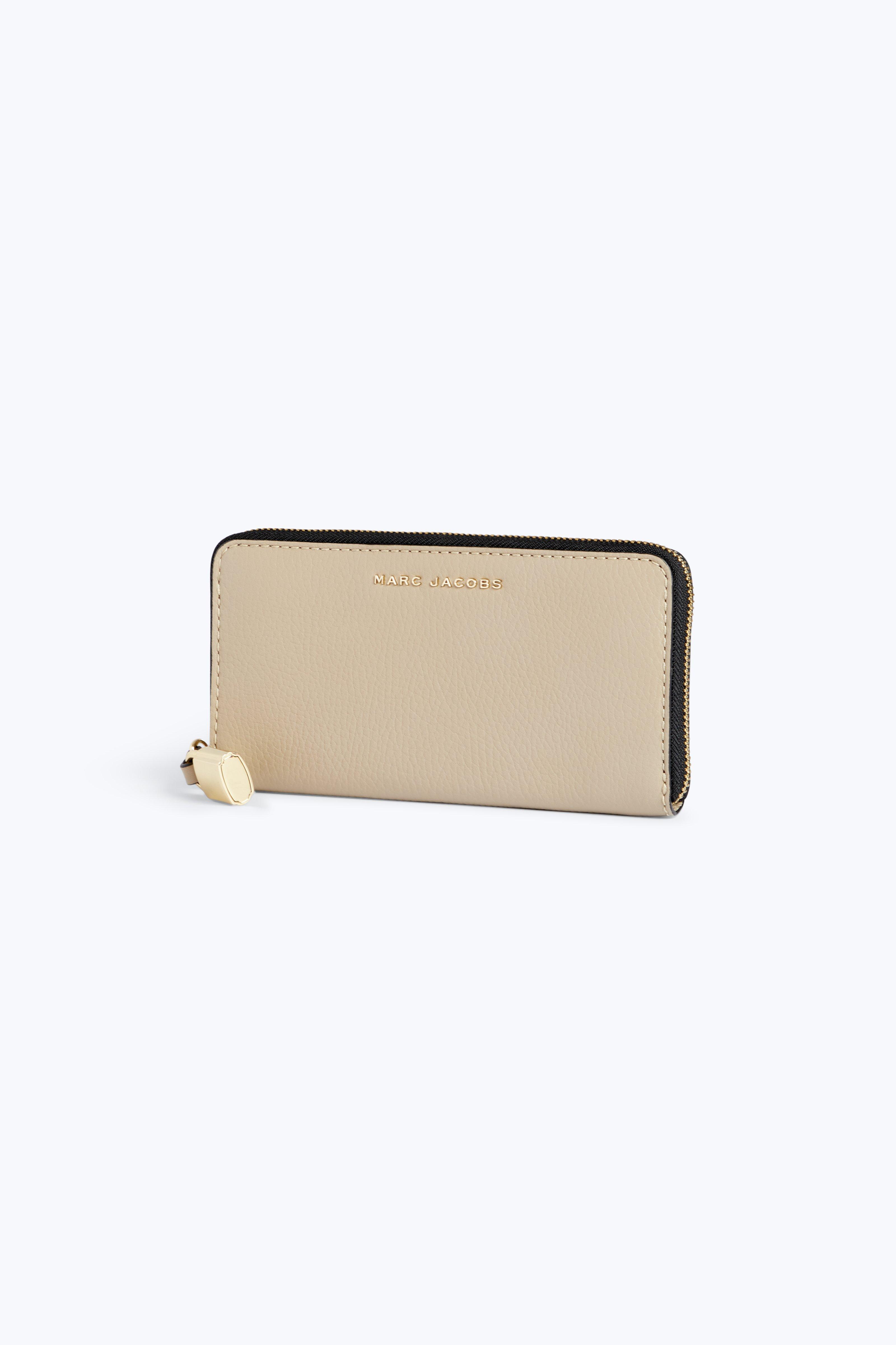Le Porte-monnaie Continentale Classique Mouture En Cuir De Vache En Ardoise Clair Marc Jacobs qmQU60