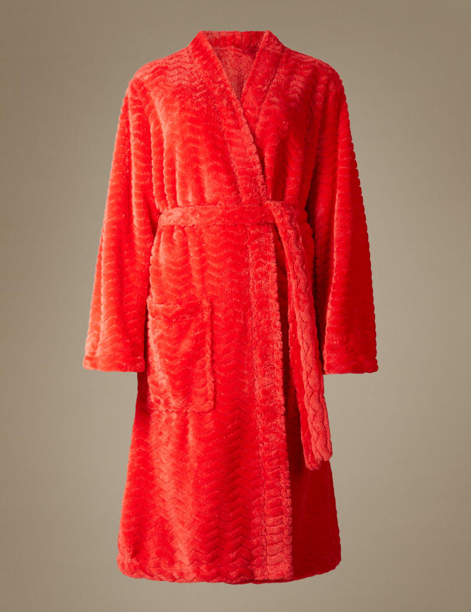 b7d4bd2f60 Marks   Spencer Textured Supersoft Kimono Dressing Gown in Red - Lyst
