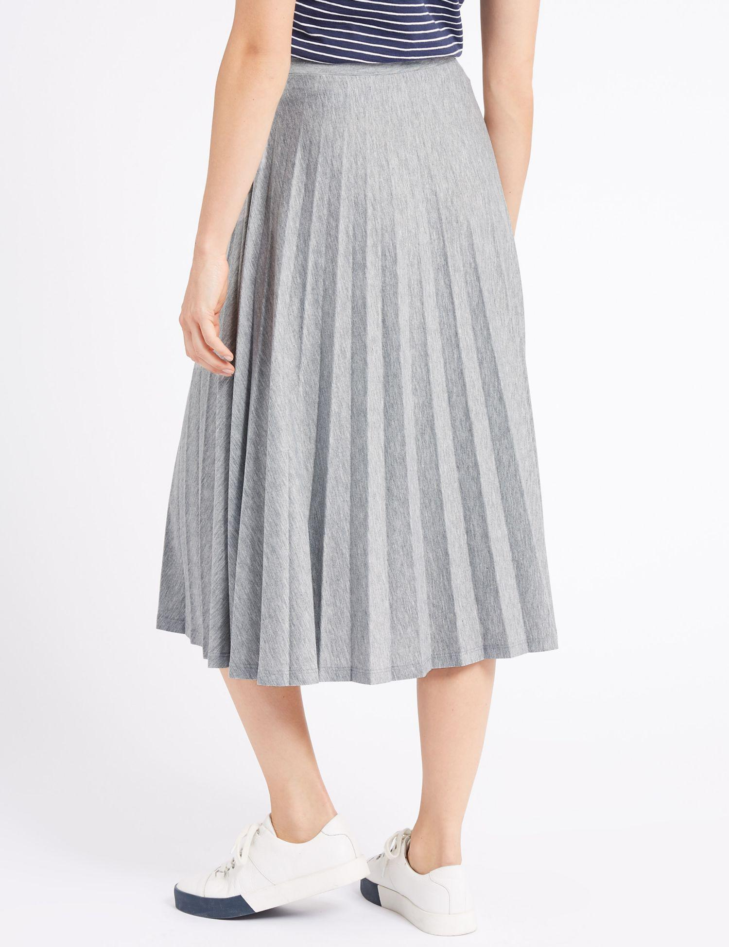 ba6d1ae310e Marks   Spencer Jersey Pleated Midi Skirt in Gray - Lyst