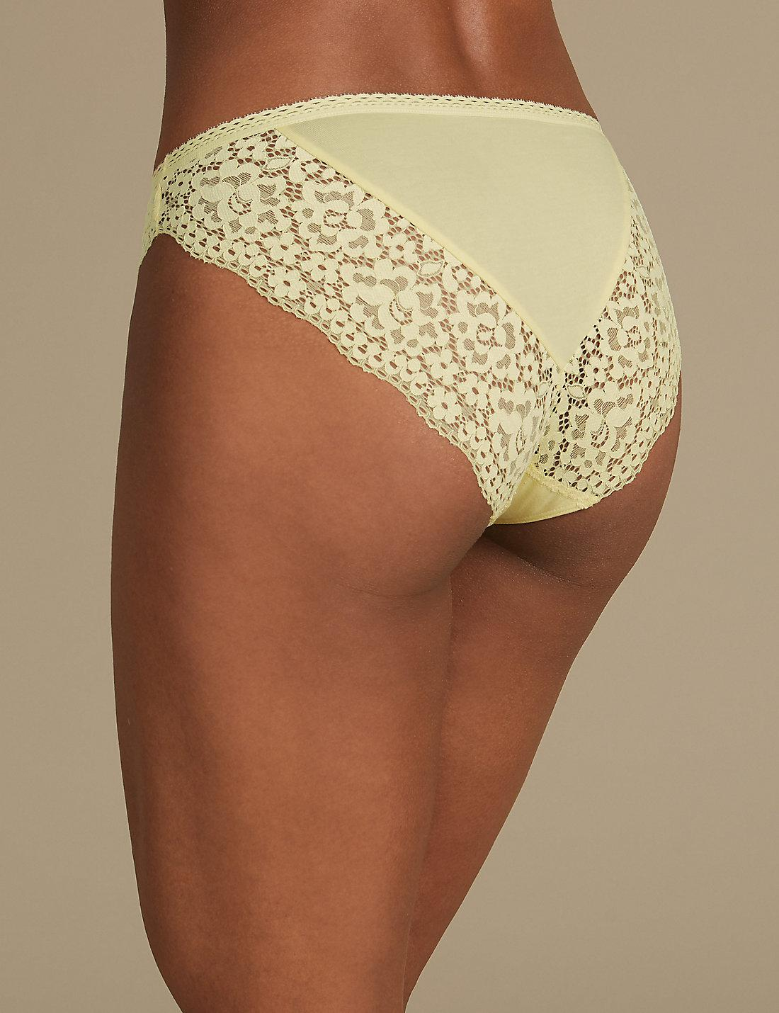 9be34a21a Marks   Spencer Cotton Blend Vintage Lace High Leg Knickers in ...