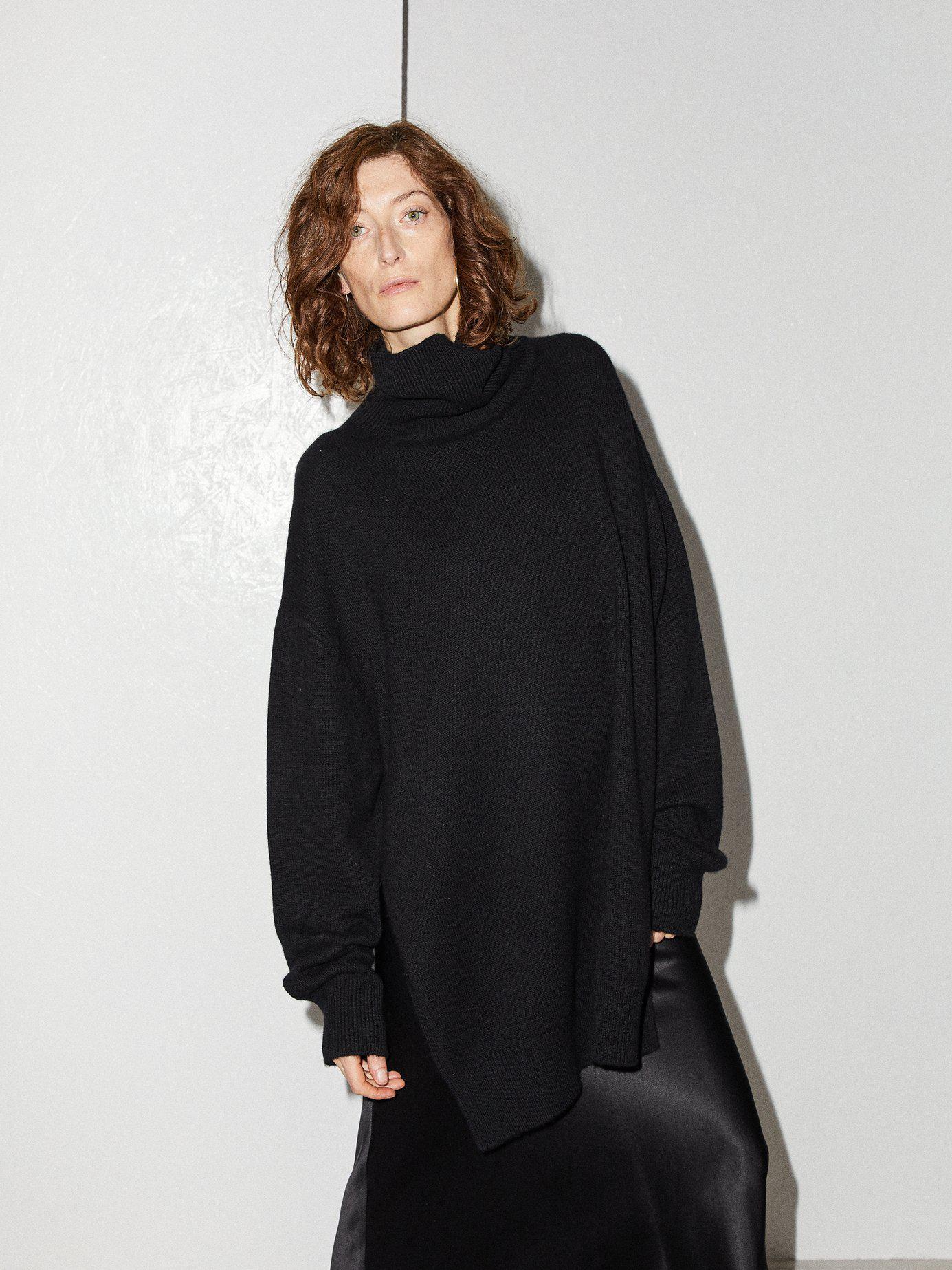 cb8d336f8 Lyst - Raey Split Side Roll Neck Cashmere Sweater in Black