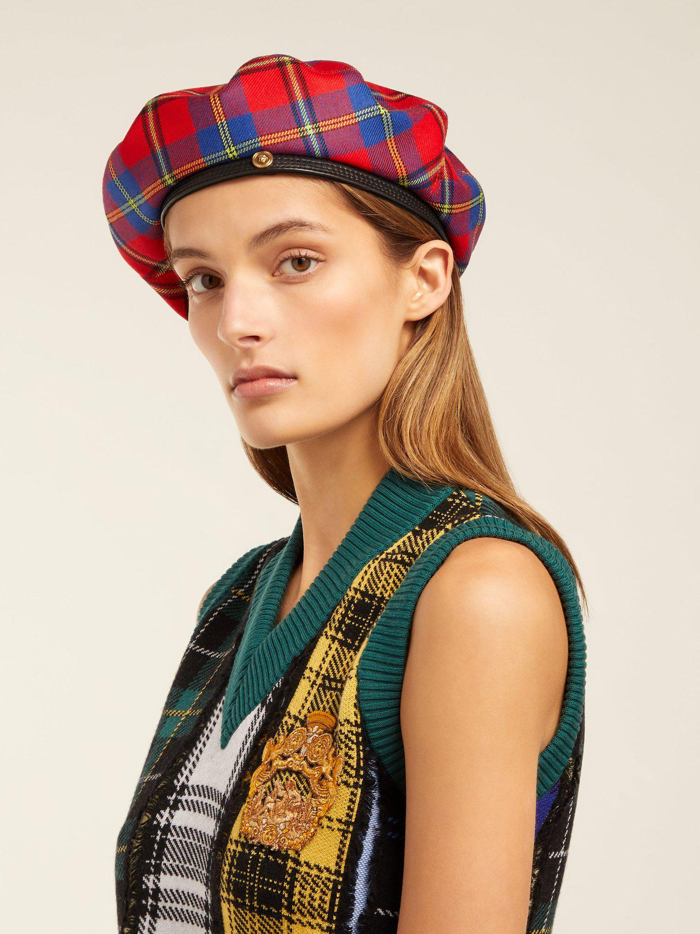 1c540c6e87dc1 Versace Red Plaid Medusa Beret in Red - Save 23.684210526315795% - Lyst