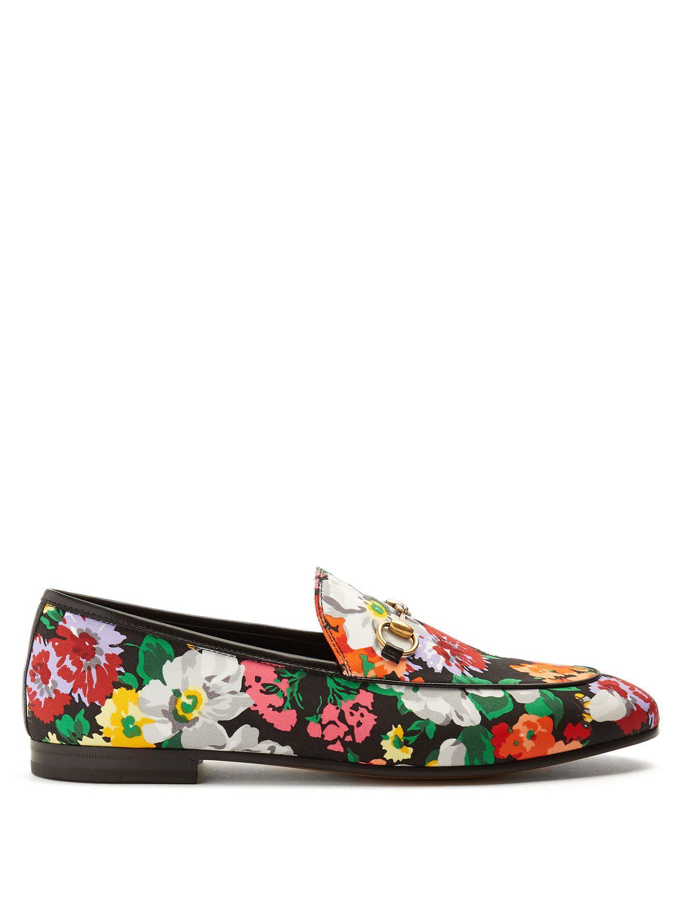 d74b11f7e73 Lyst - Gucci Jordaan Floral-print Satin Loafers