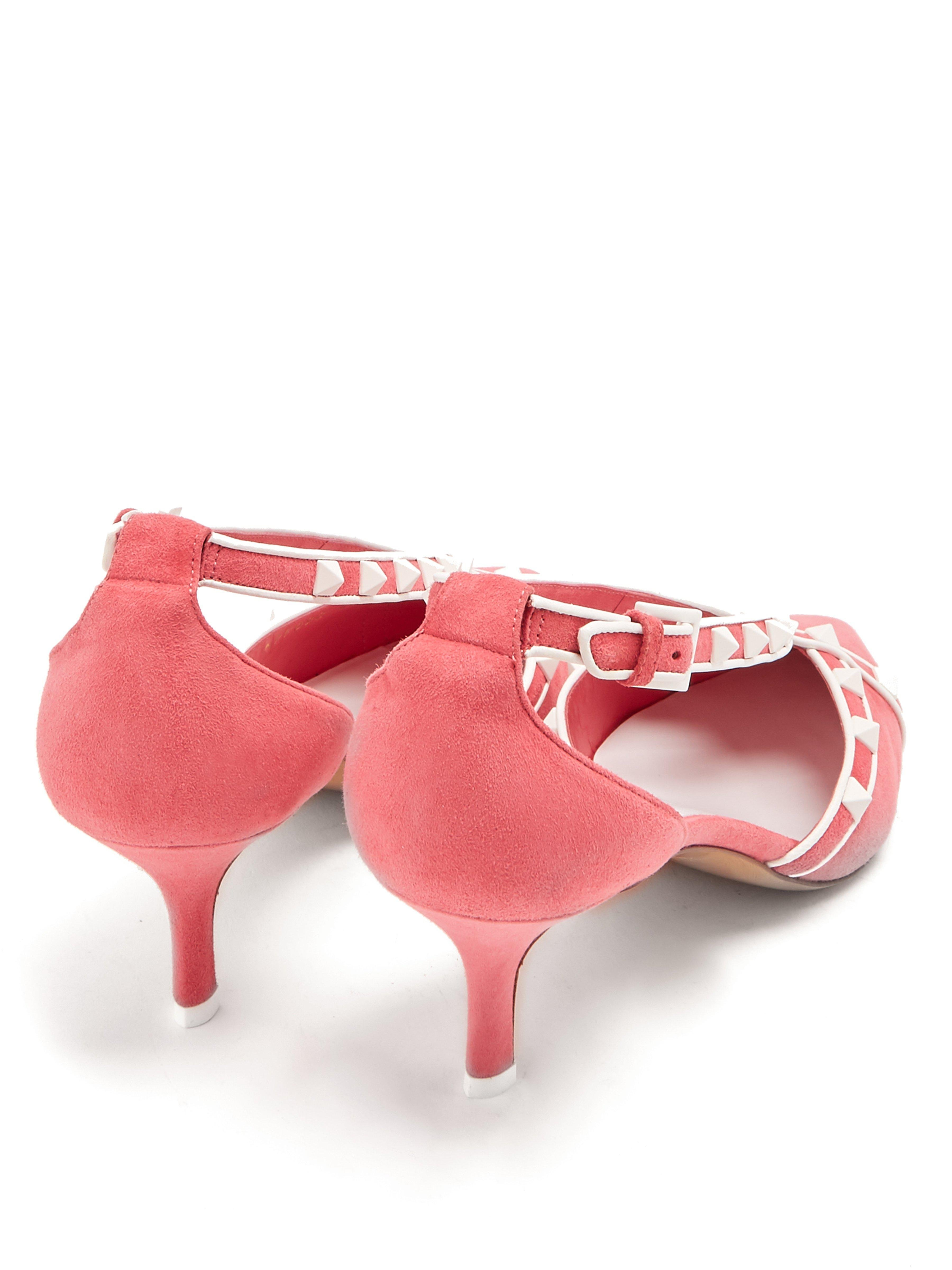 33feab6153 Valentino Free Rockstud Suede Pumps in Pink - Lyst