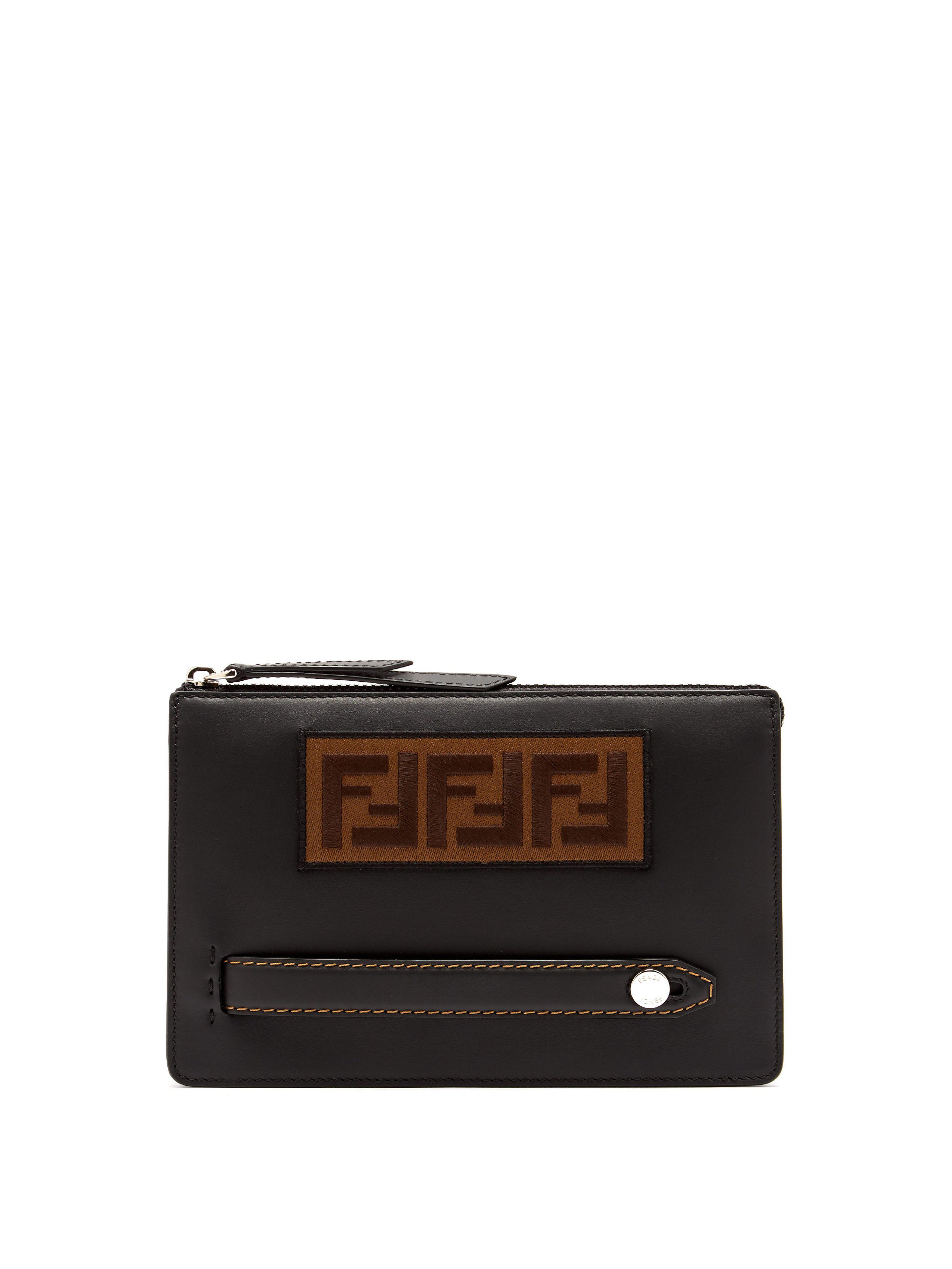 04d8fe85074c Lyst - Pochette en cuir à logo Fendi pour homme en coloris Noir