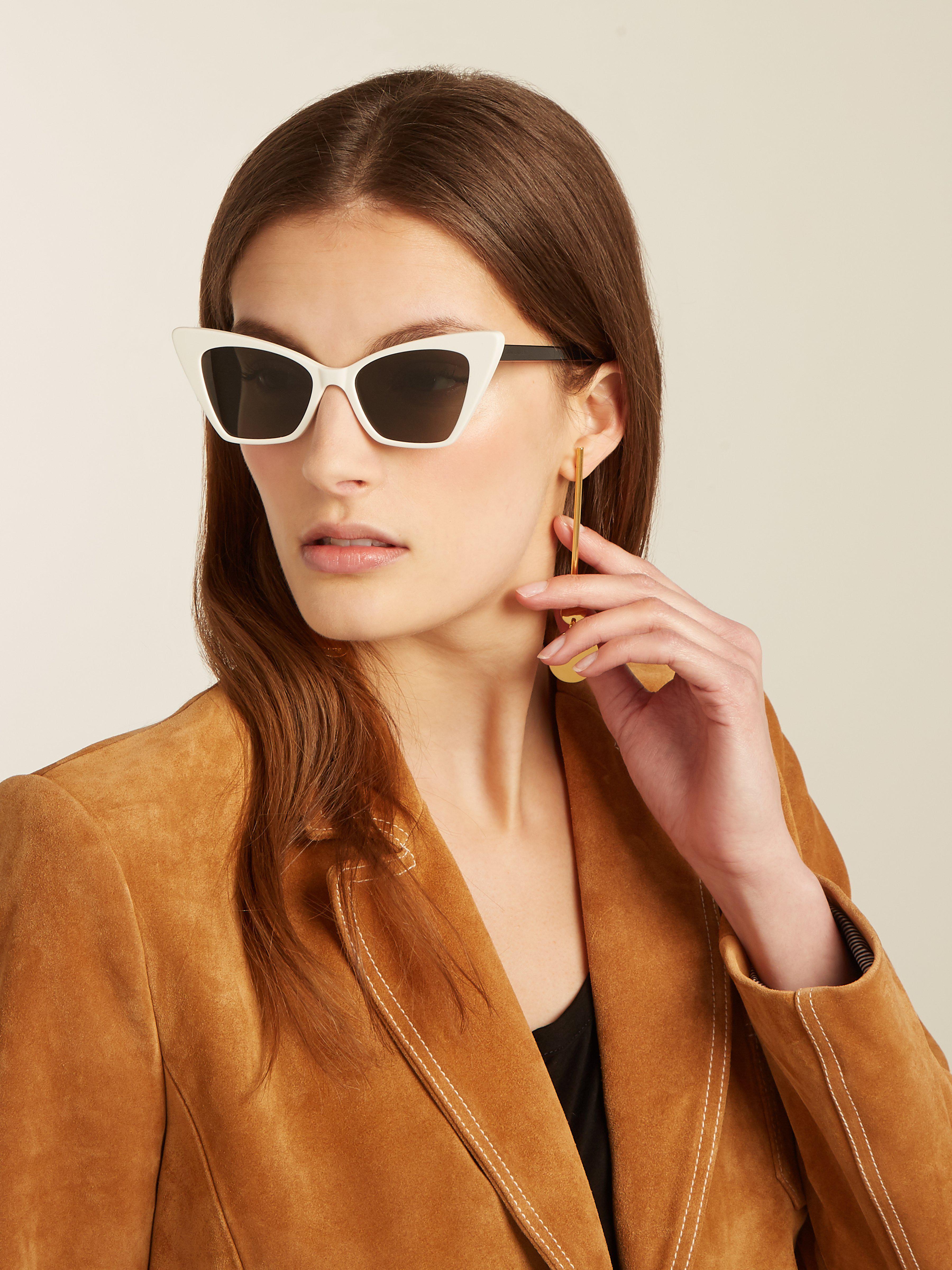 4bdcffc2c8 Saint Laurent Victoire Sharp Cat Eye Sunglasses - Lyst