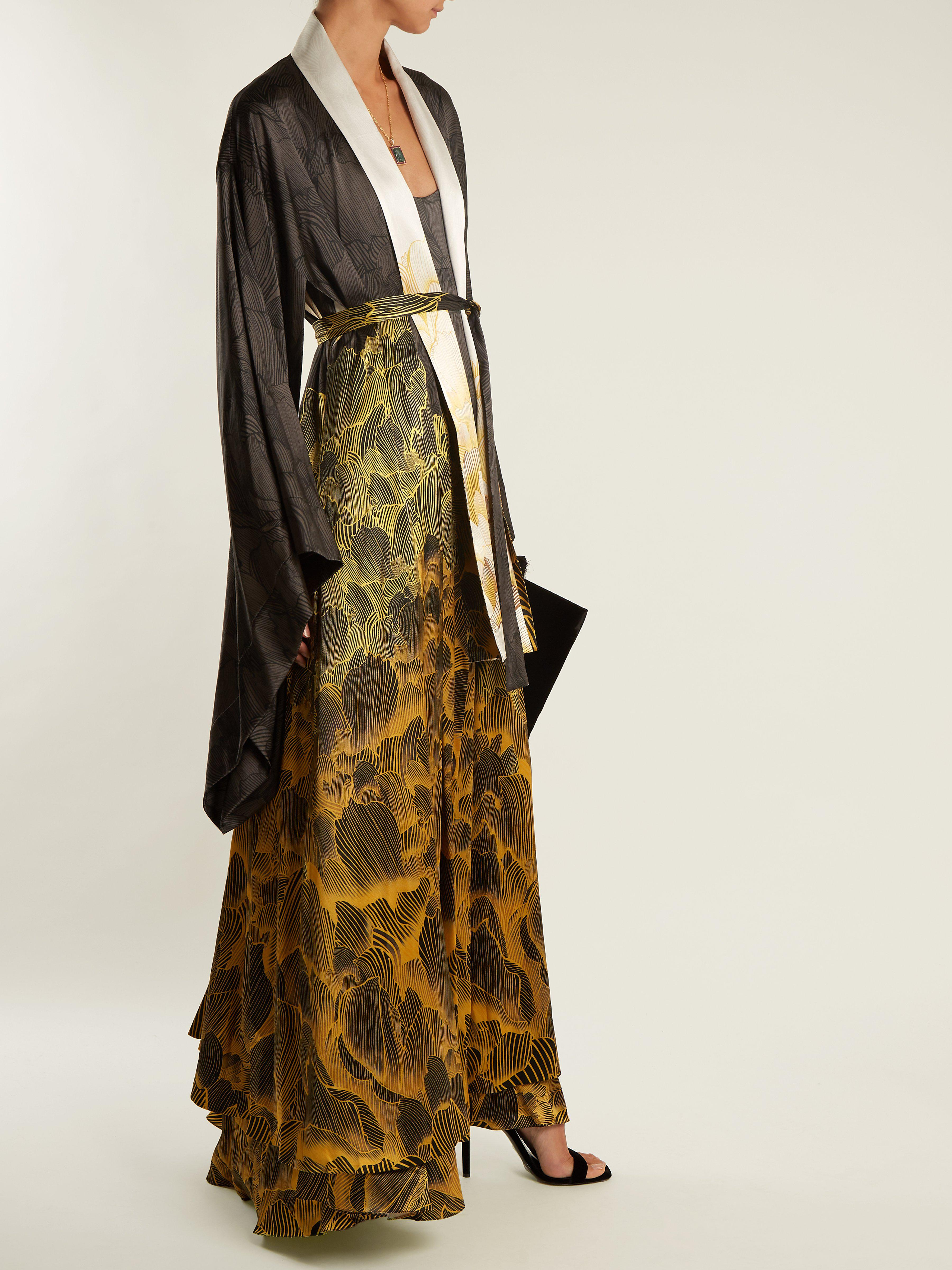 8f79790078c2e9 adriana-iglesias-black-gold-Anna -Reversible-Floral-Print-Stretch-Silk-Robe.jpeg