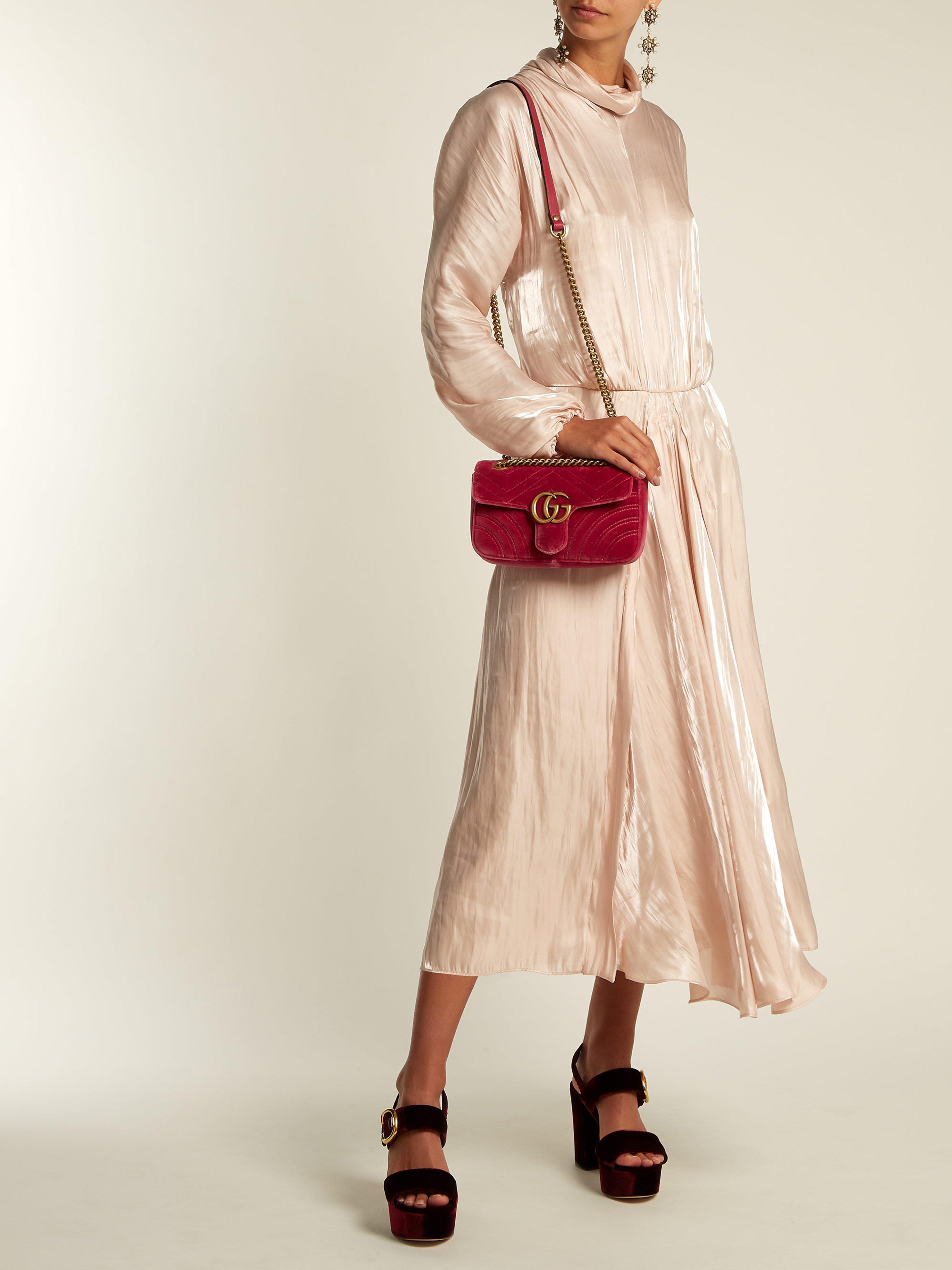 b60210f8fa6 Gucci - Pink GG Marmont Velvet Shoulder Bag - Lyst. View fullscreen