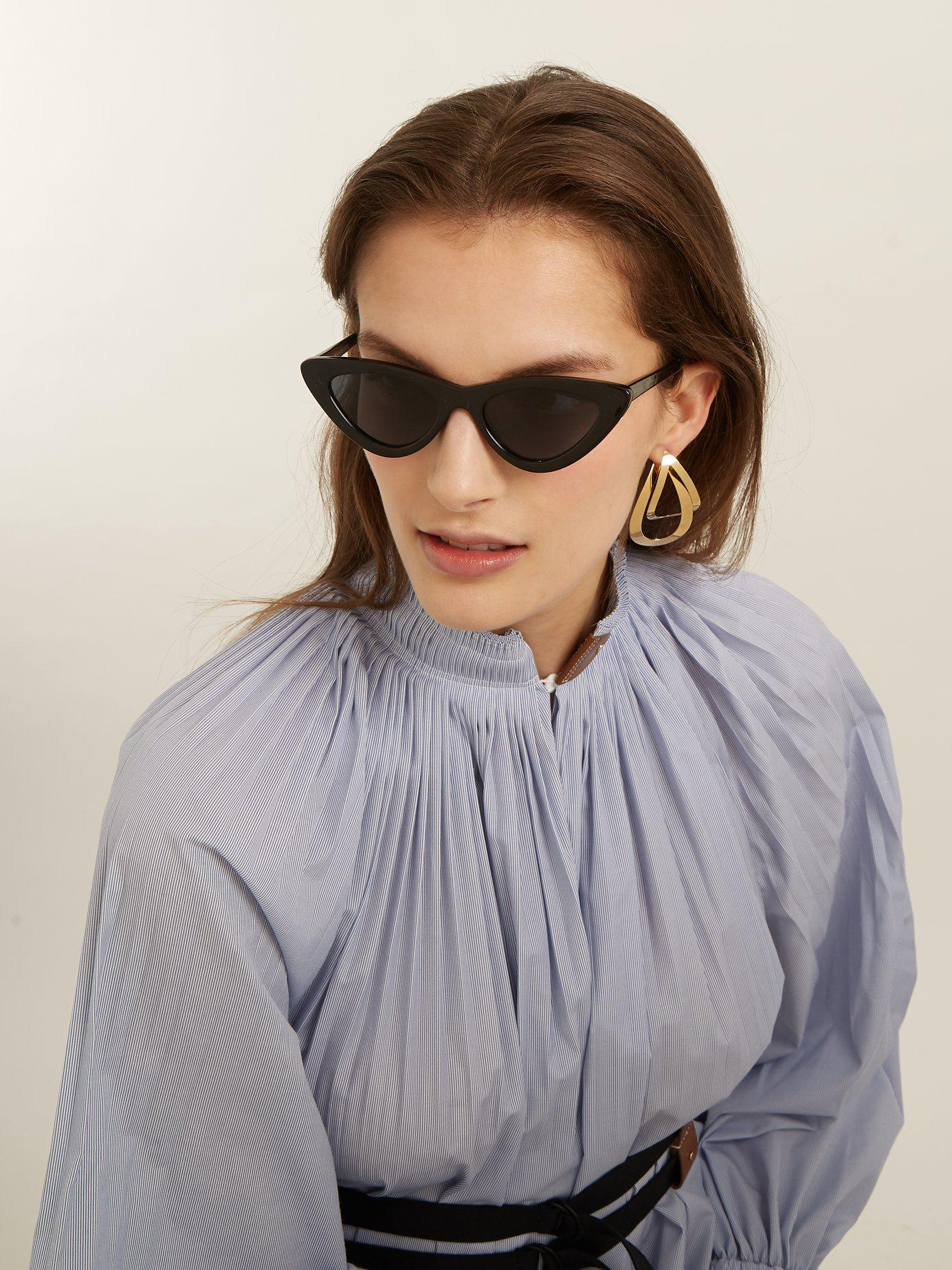 Lyst - Le Specs The Last Lolita Faux Pearl-embellished Cat-eye Acetate  Sunglasses in Black - Save 46% 89cf2b646556e