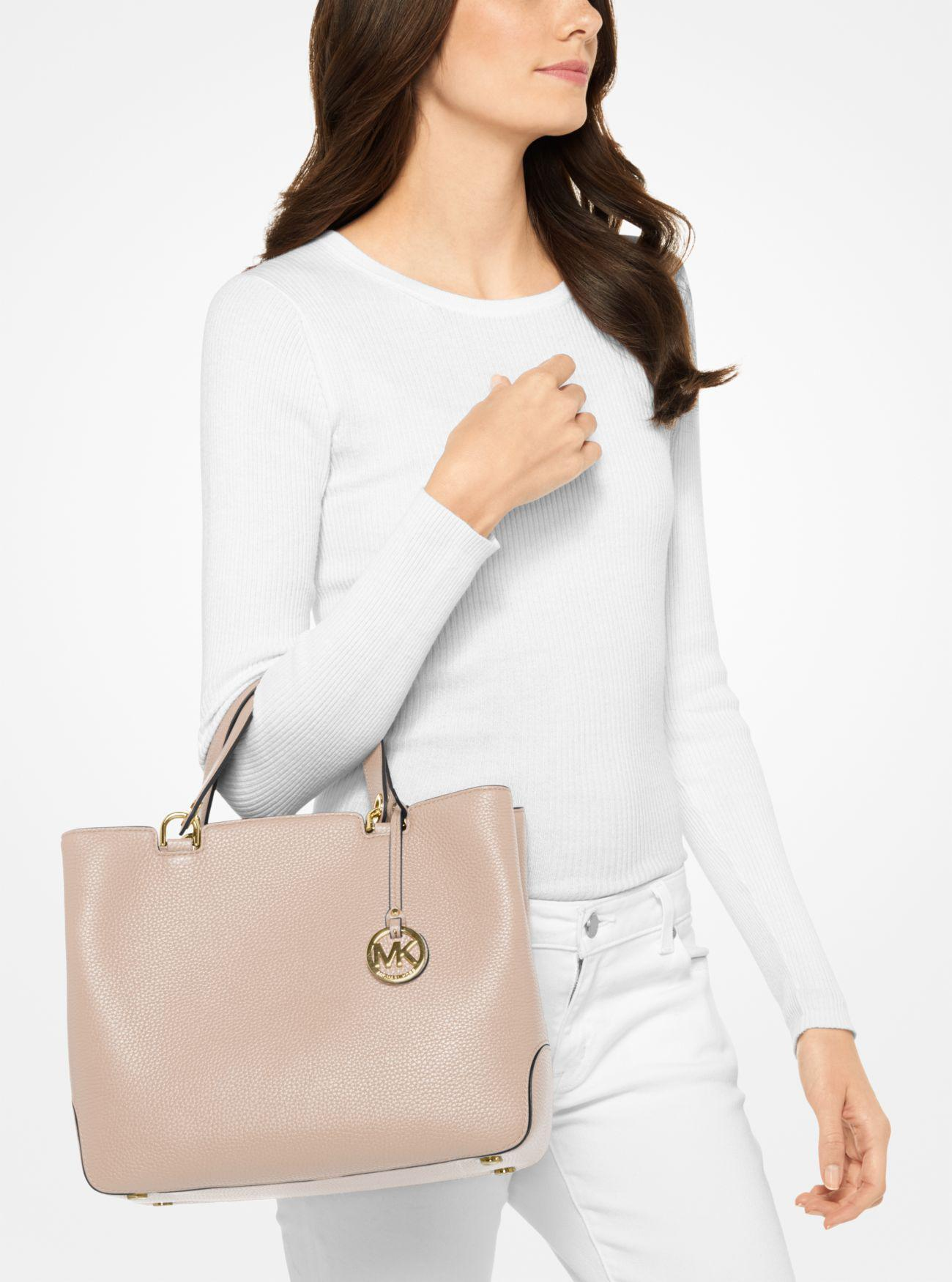 735913f010bdcd Lyst - Michael Kors Anabelle Leather Tote in Pink