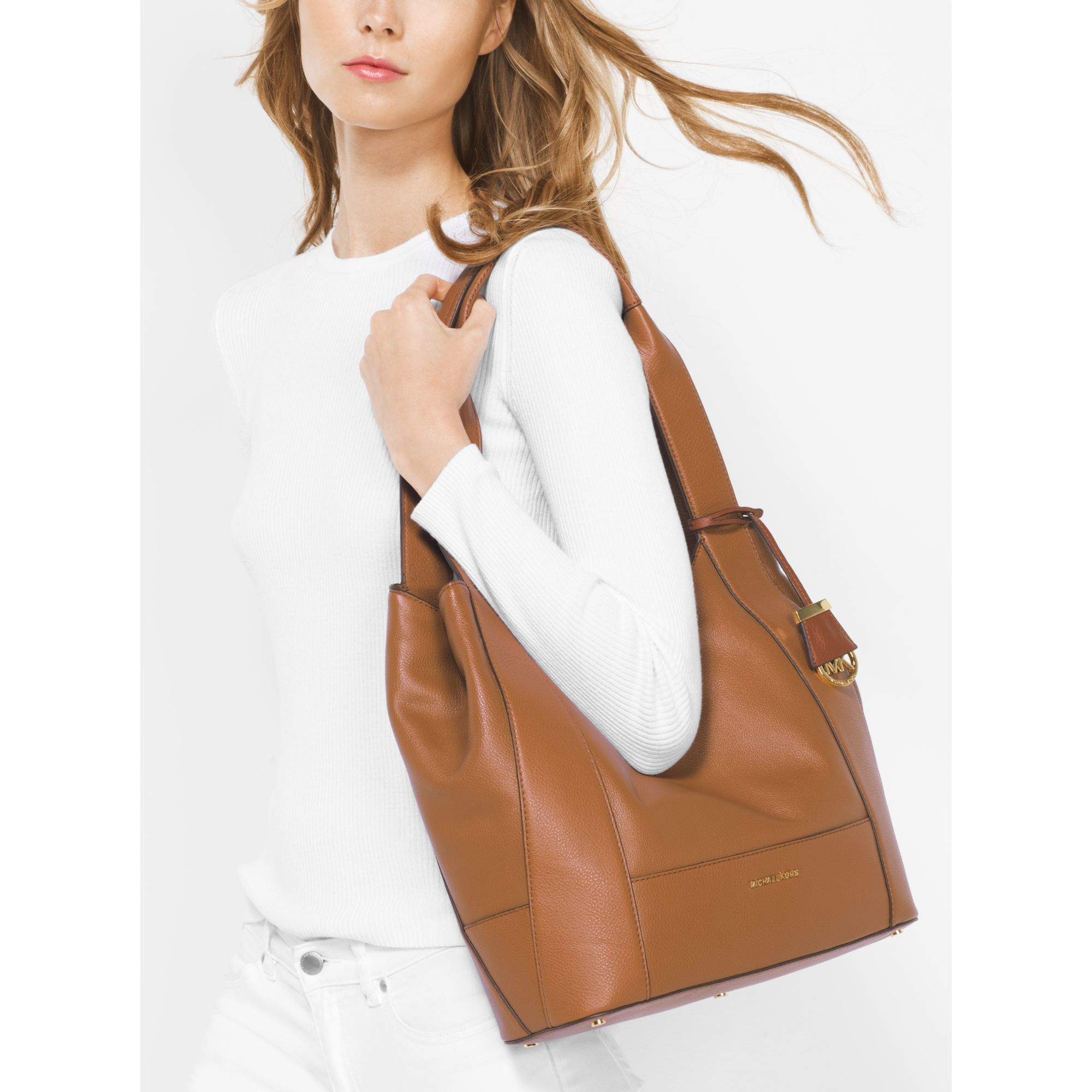 8d564da20ae3d5 Michael Kors Marlon Large Leather Shoulder Tote in Brown - Lyst