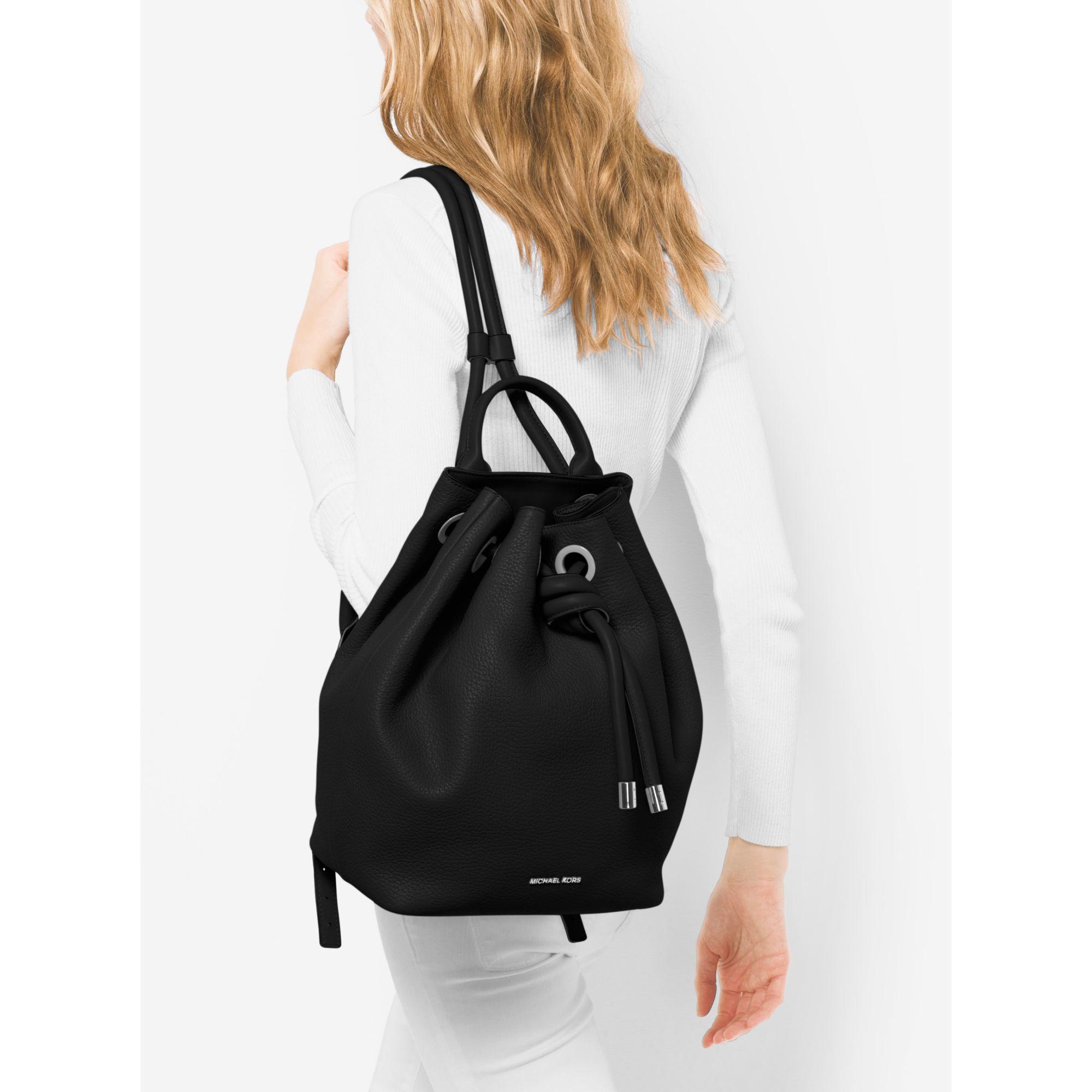 835236b76c40 Viv Large Leather Backpack Michael Kors- Fenix Toulouse Handball