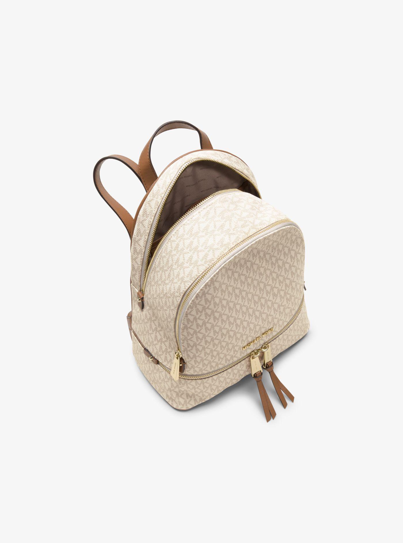 5dff1c8fd6 ... Zaino Rhea Medium In Twill Rivestito Logato Vaniglia Women's Backpack  In. View fullscreen