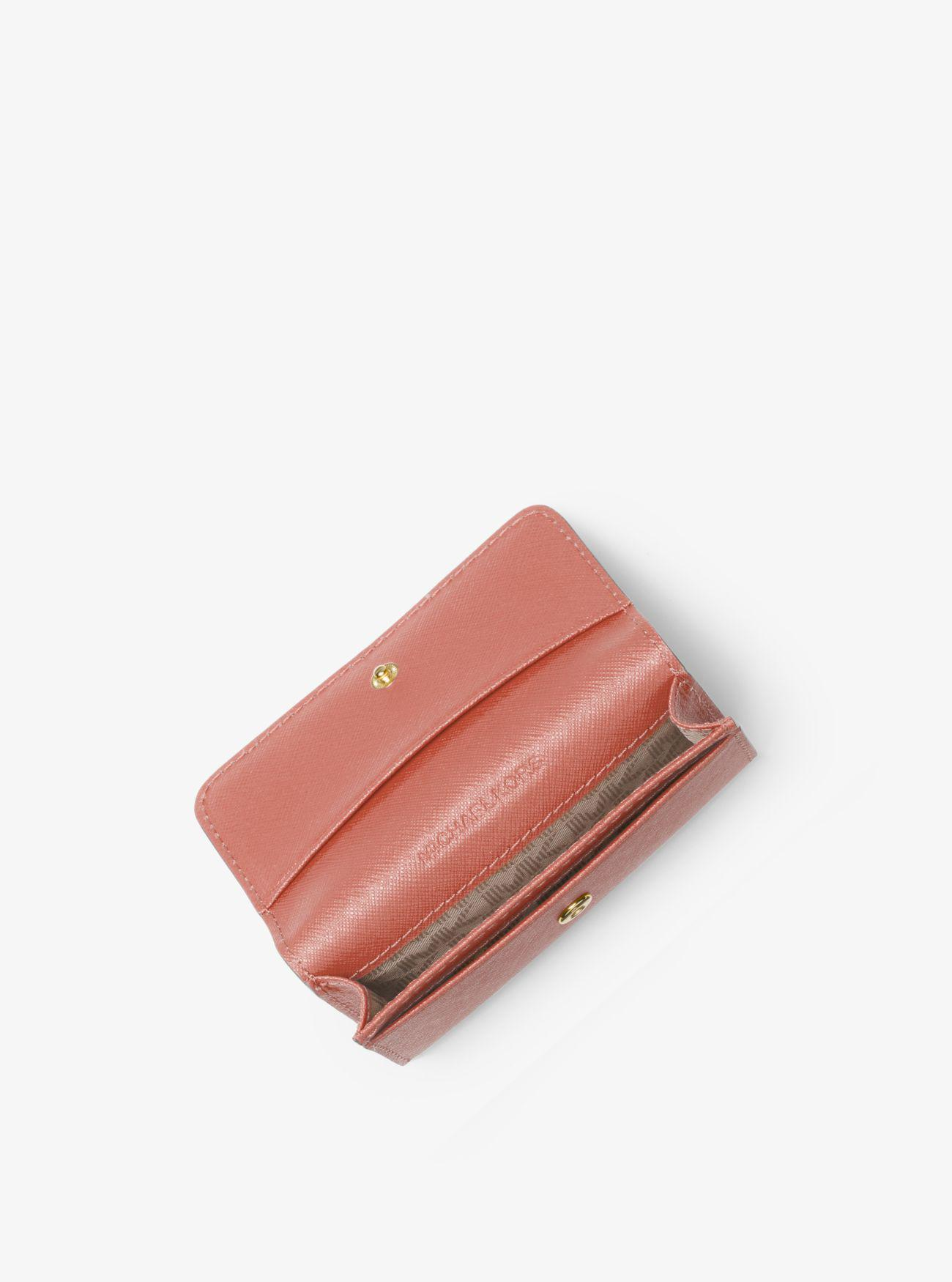 5b3ea8eec2fe Lyst - Michael Kors Jet Set Travel Saffiano Leather Card Holder in Pink