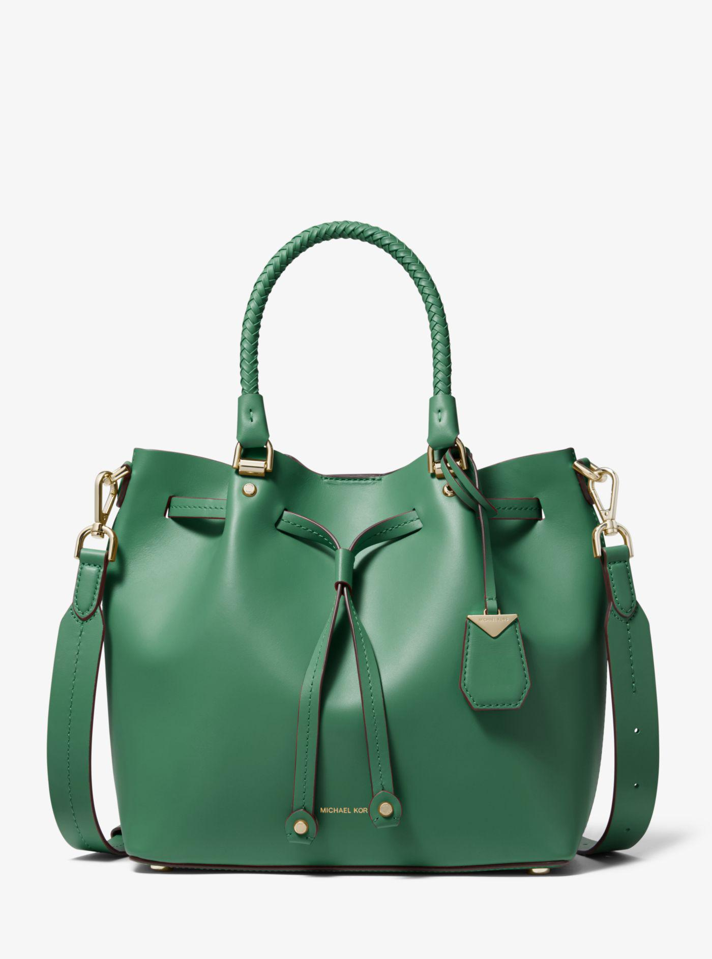922aff187df7 Michael Kors Blakely Medium Leather Bucket Bag in Green - Lyst
