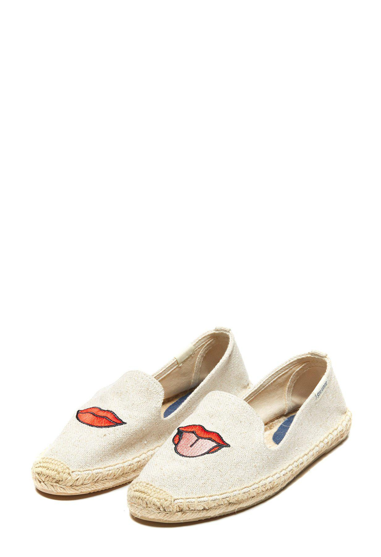 b5a566c8960c Lyst - Soludos Lips Embroidered Slipper