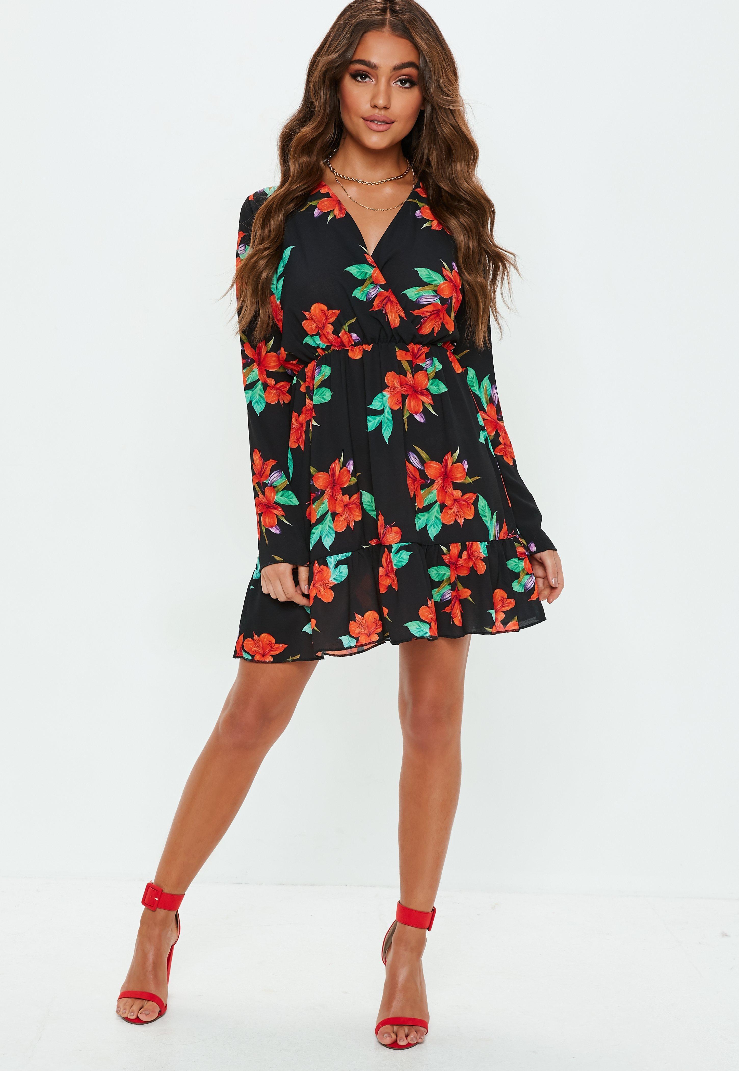 c58556e5e474 Missguided - Black Floral Plunge Skater Dress - Lyst. View fullscreen