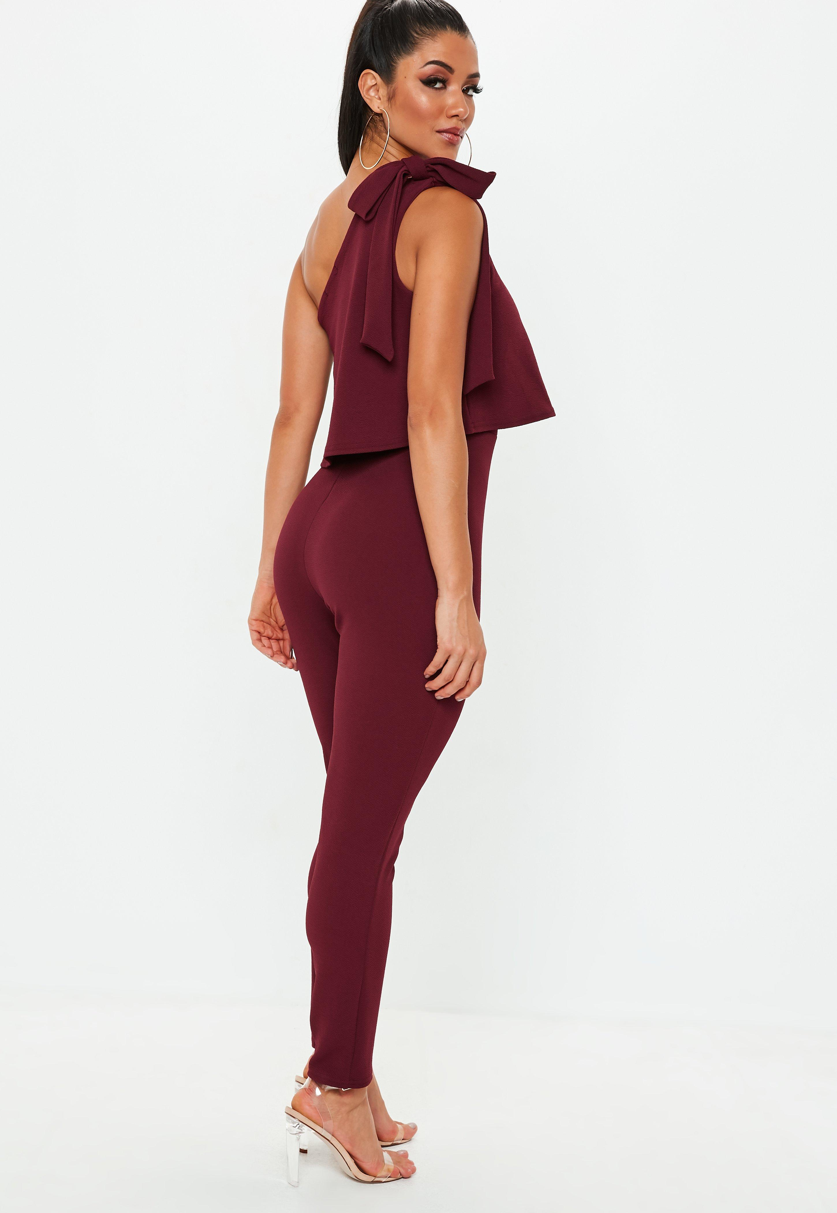 5a0f240c222 Lyst - Missguided Wine One Shoulder Bow Jumpsuit in Red - Save ...