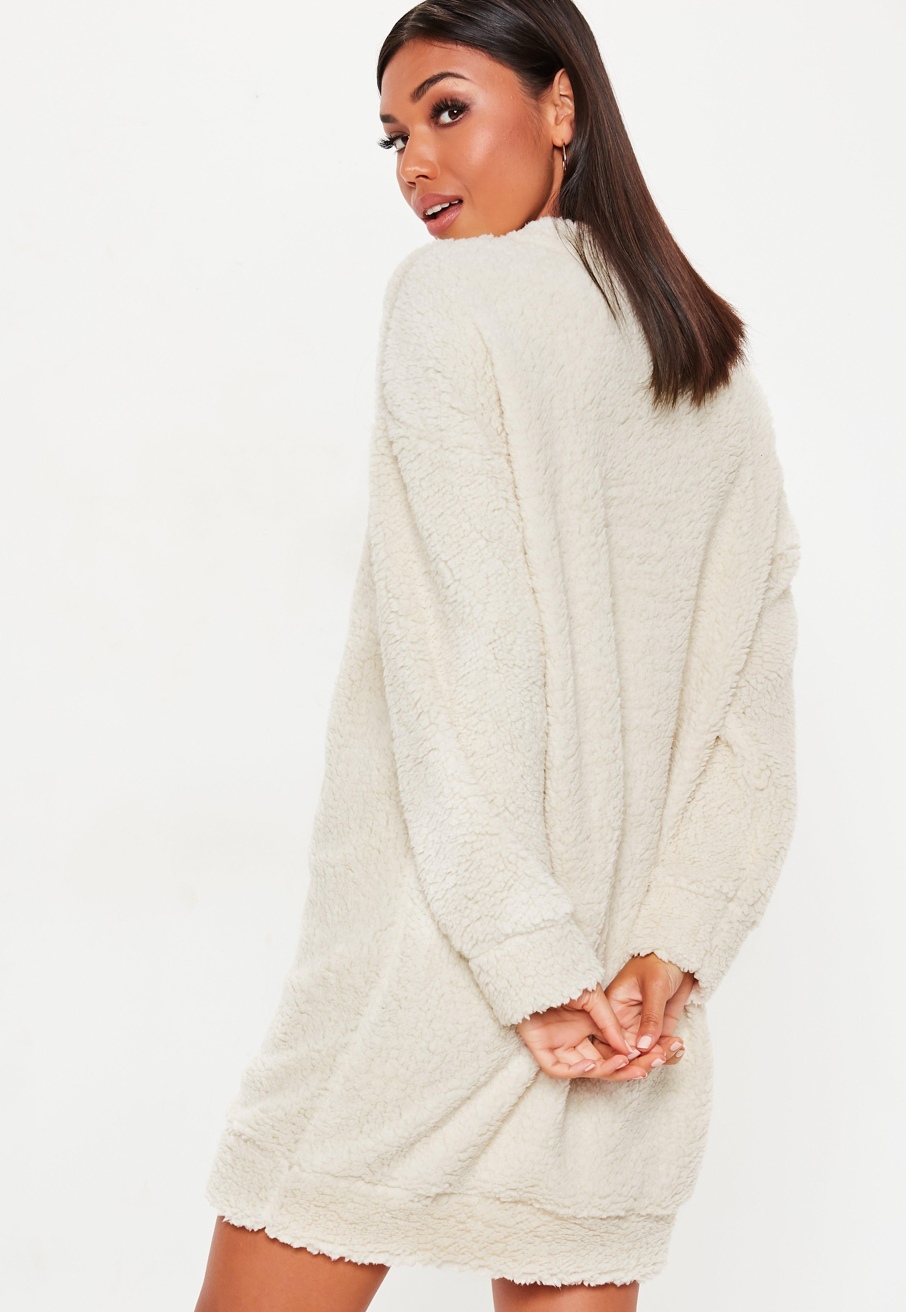 8a97b3dd97a Lyst - Missguided Cream Borg Teddy Crew Neck Sweatshirt Dress in Natural