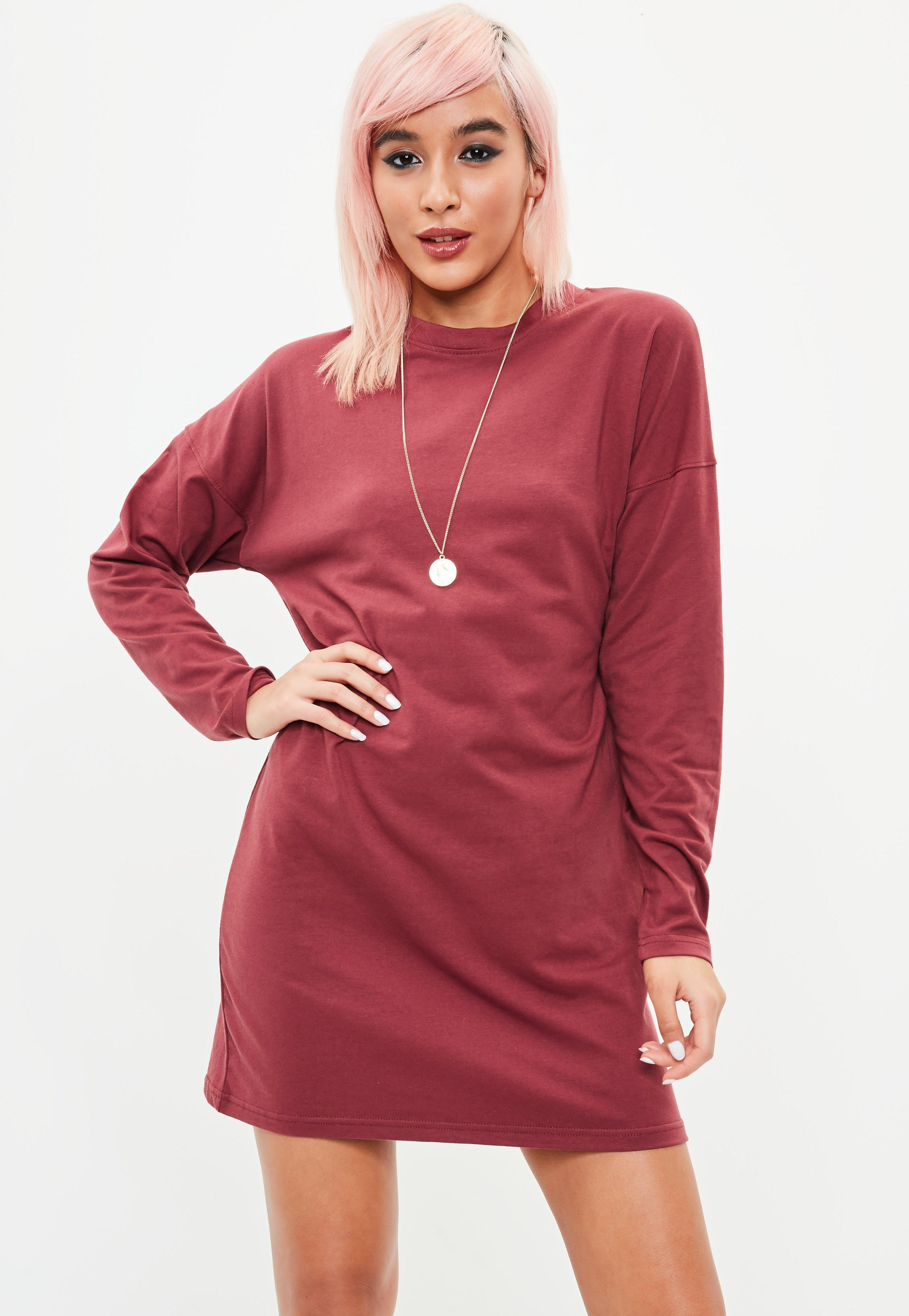 Lyst missguided burgundy long sleeved t shirt dress in red for Burgundy long sleeve t shirt womens