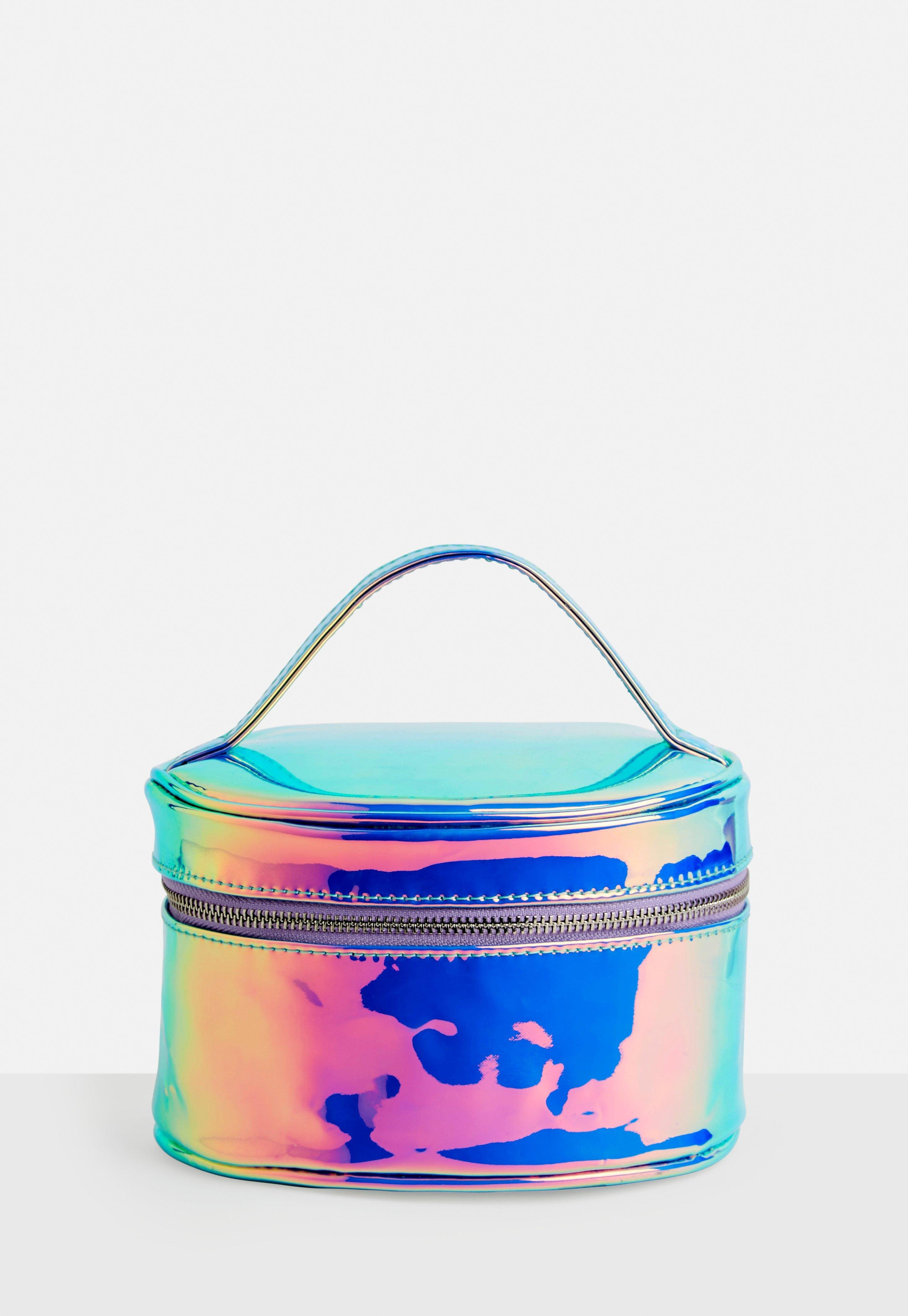 34ef3f4241 Missguided Silver Iridescent Holographic Circle Makeup Bag in ...