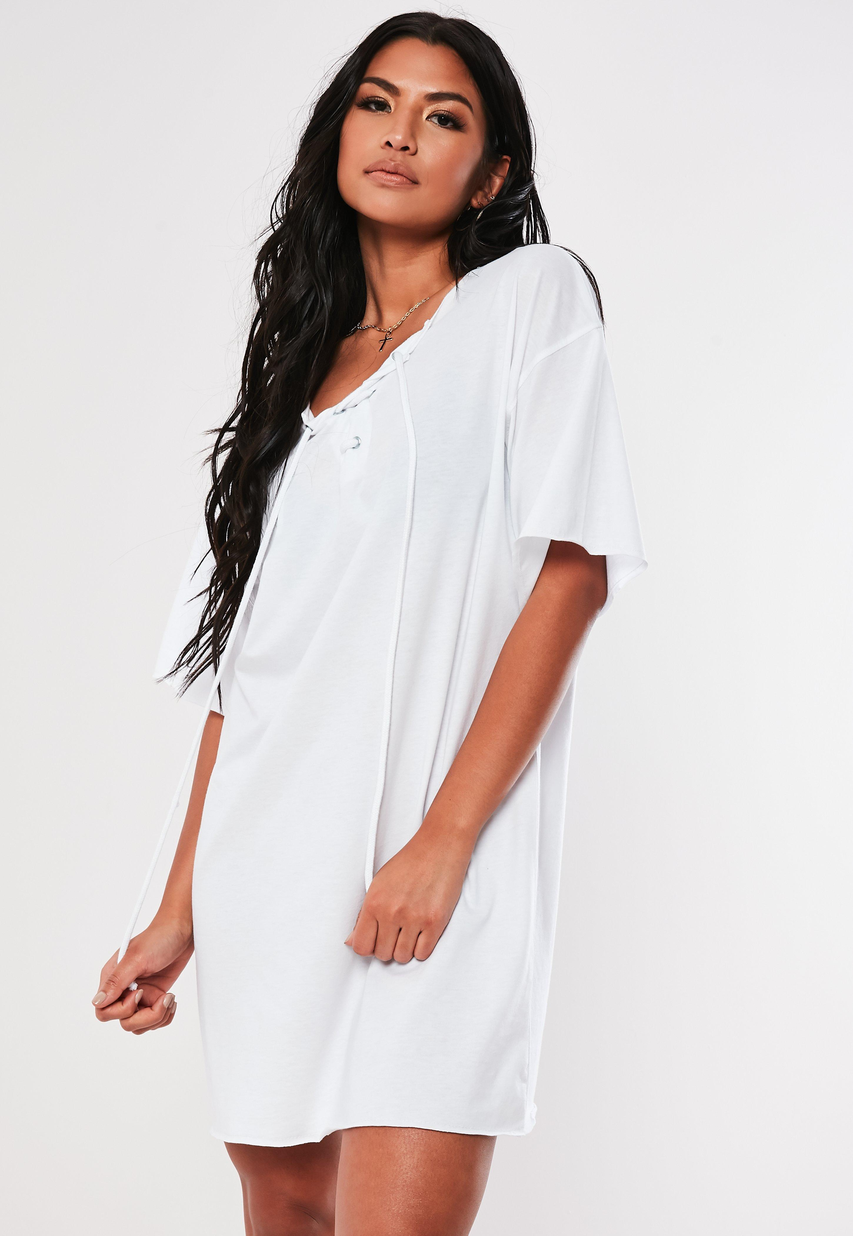 f41ba74ac41d Missguided - White Lace Up Oversized T Shirt Dress - Lyst. View fullscreen