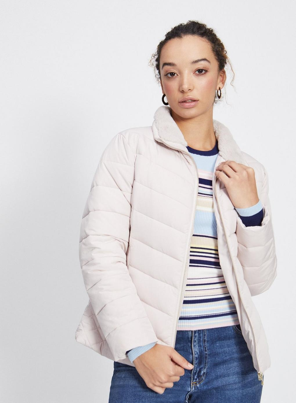 abf41503271 Miss Selfridge Petite Oyster Puffer Coat in White - Lyst