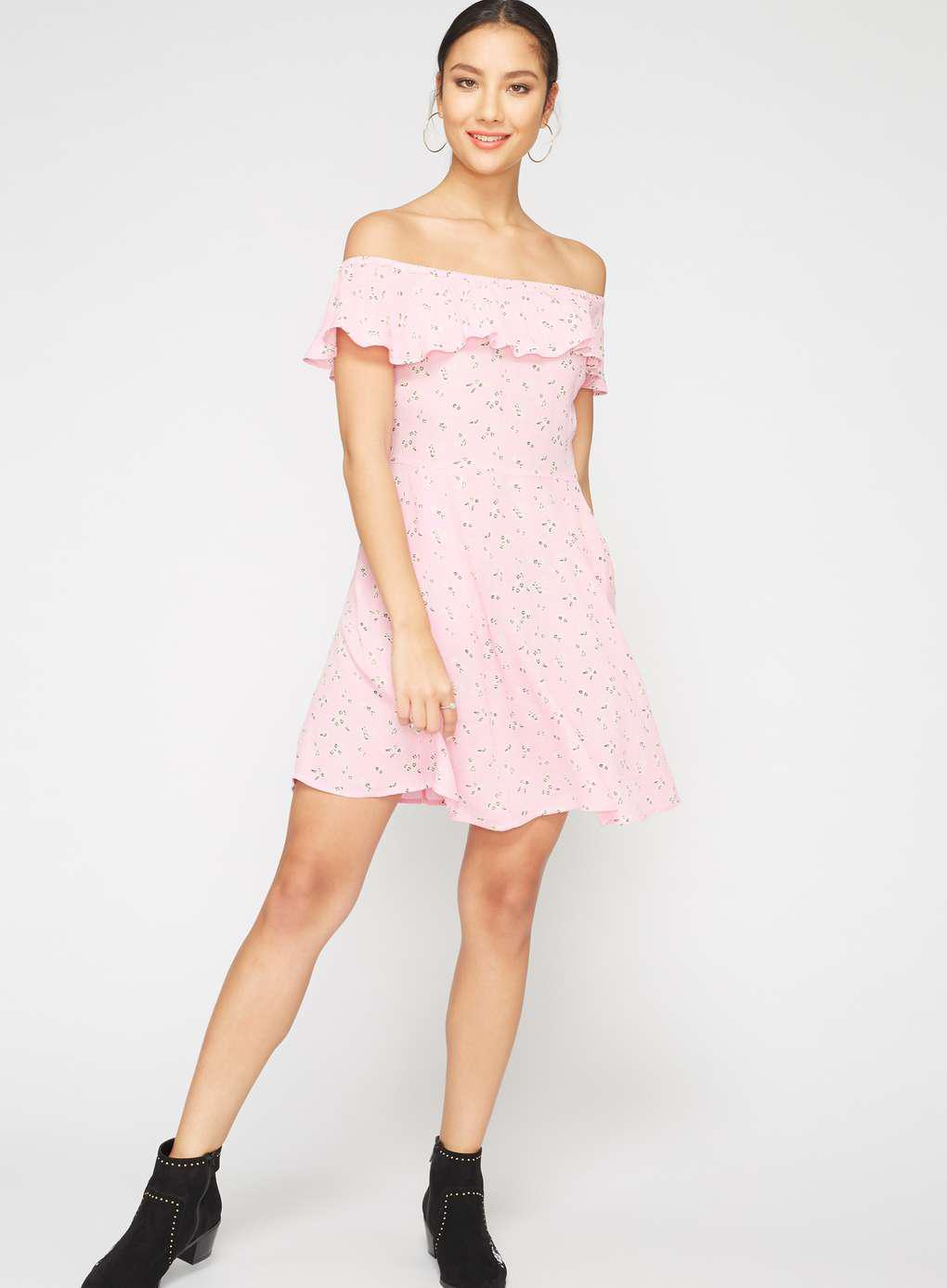 fcf20e317cf Gallery. Previously sold at  Miss Selfridge · Women s Pink Dresses Women s  Skater ...