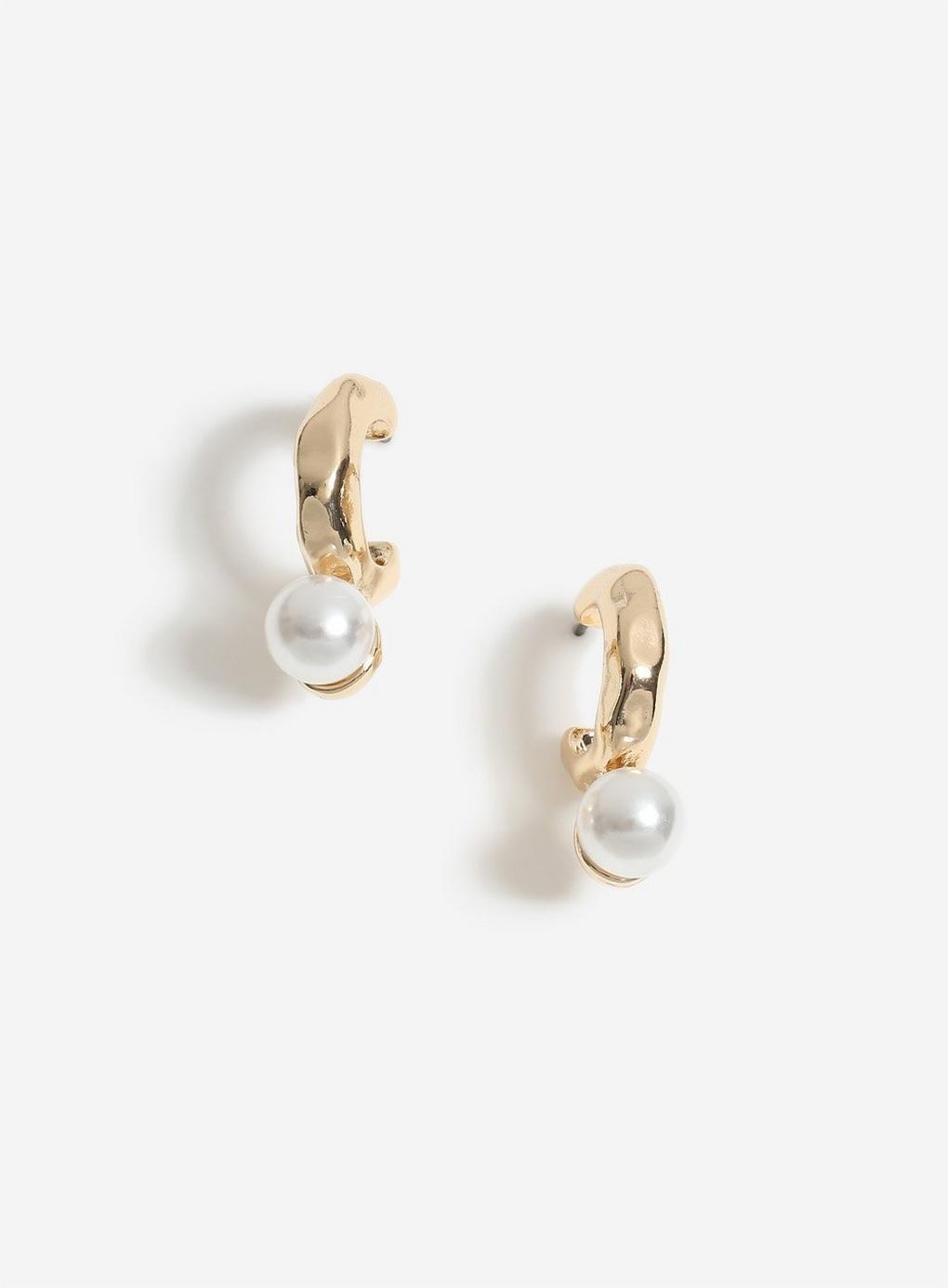 944f79e12d63b Lyst - Miss Selfridge Gold Pearl Hoop Earrings in Metallic