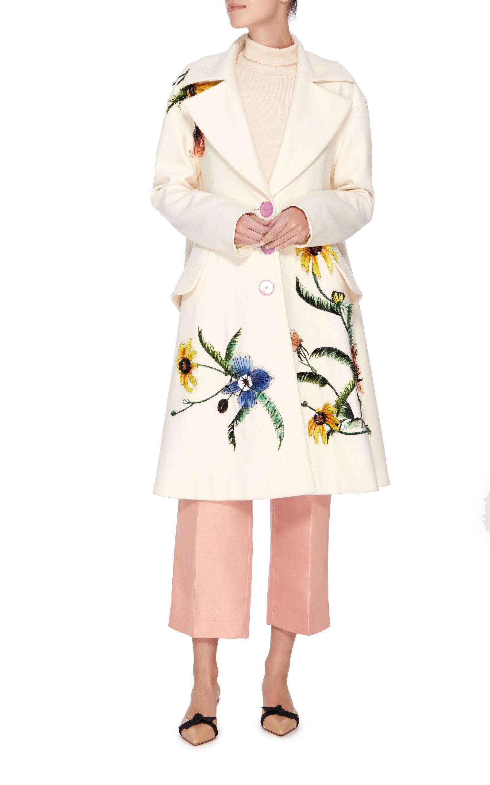 Three White Carolina Embroidered View Herrera Button Fullscreen Coat Lyst qw77PRStn