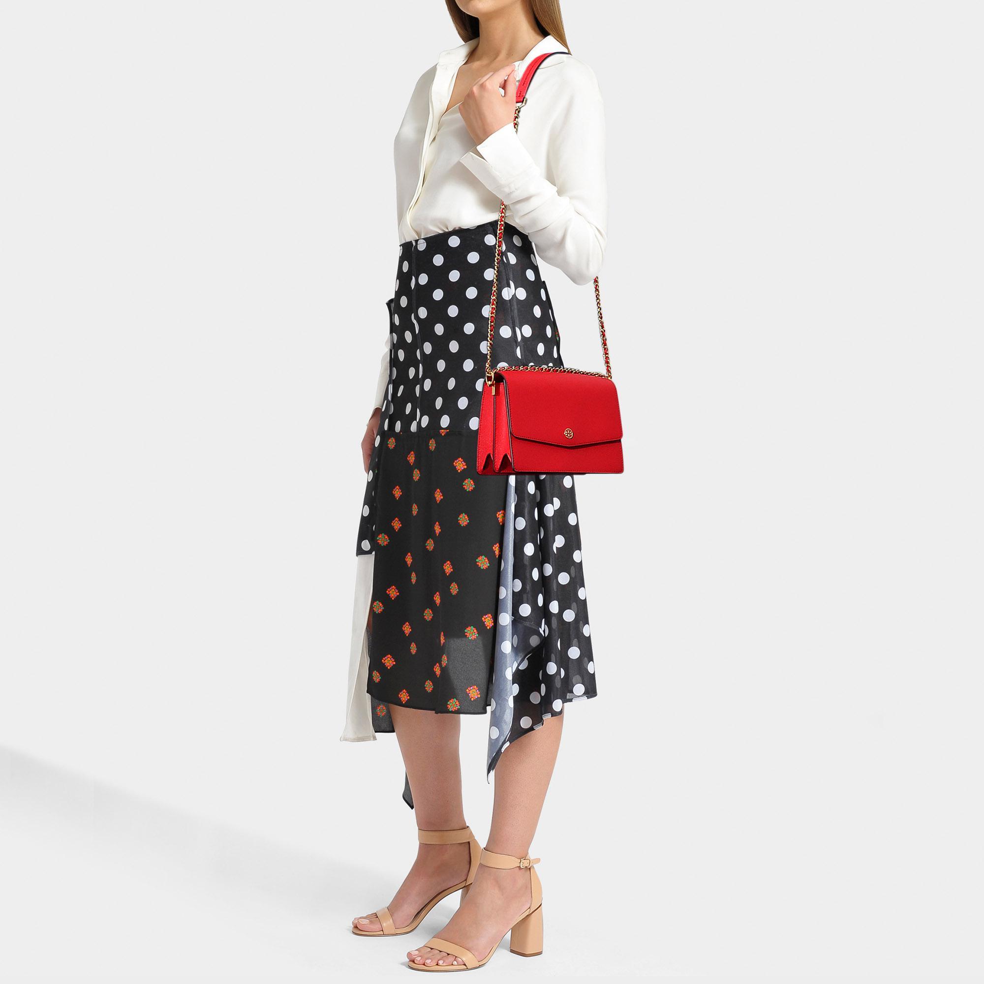 84b99f15d4d8 Tory Burch - Robinson Convertible Shoulder Bag In Brilliant Red Calfskin -  Lyst. View fullscreen