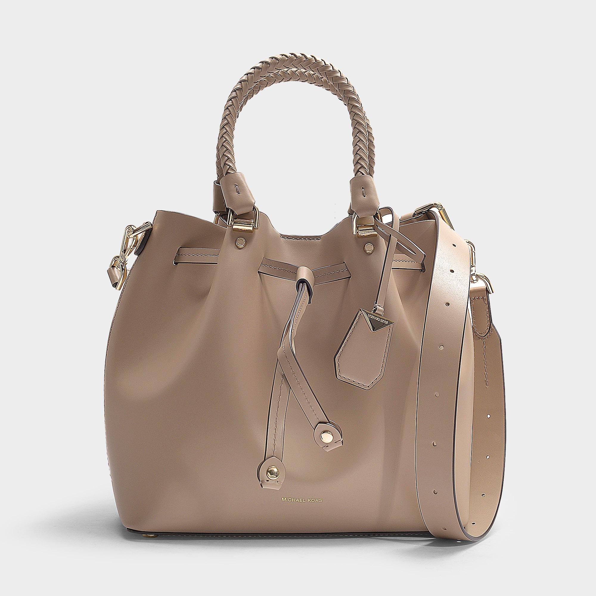 b667c4b275d0 Lyst - MICHAEL Michael Kors Blakely Medium Bucket Bag In Truffle ...