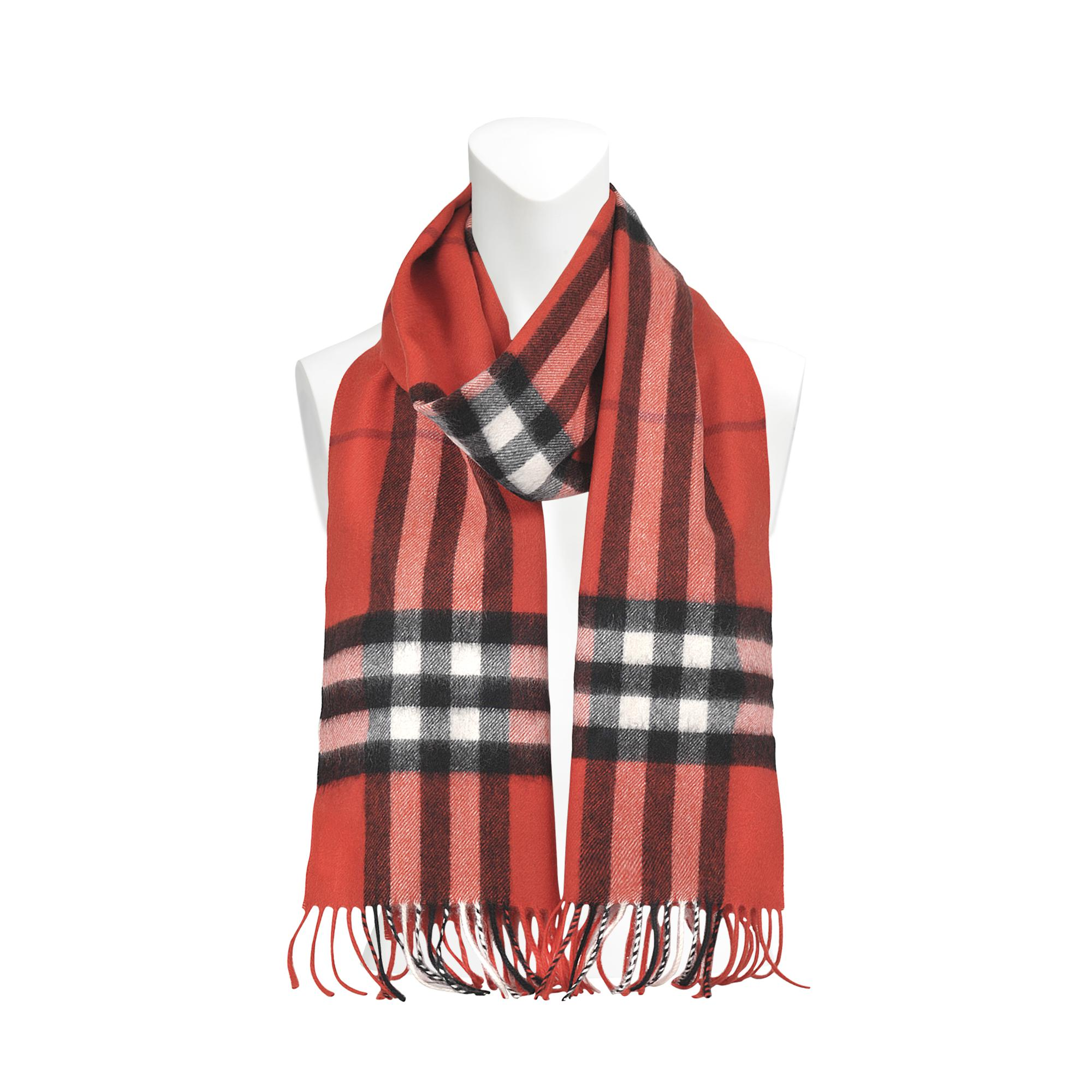 Burberry Giant Icon Check Cashmere Scarf 168x30cm in Red - Lyst c45c498b08d1b