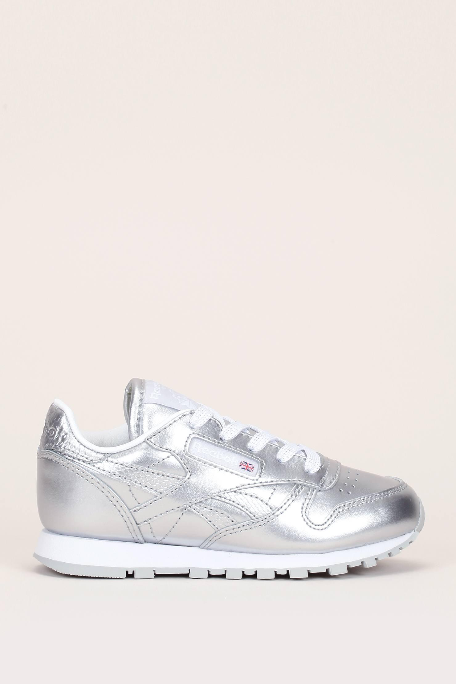 f01af7b627f Lyst - Reebok Girl Shoes   Slippers in Gray